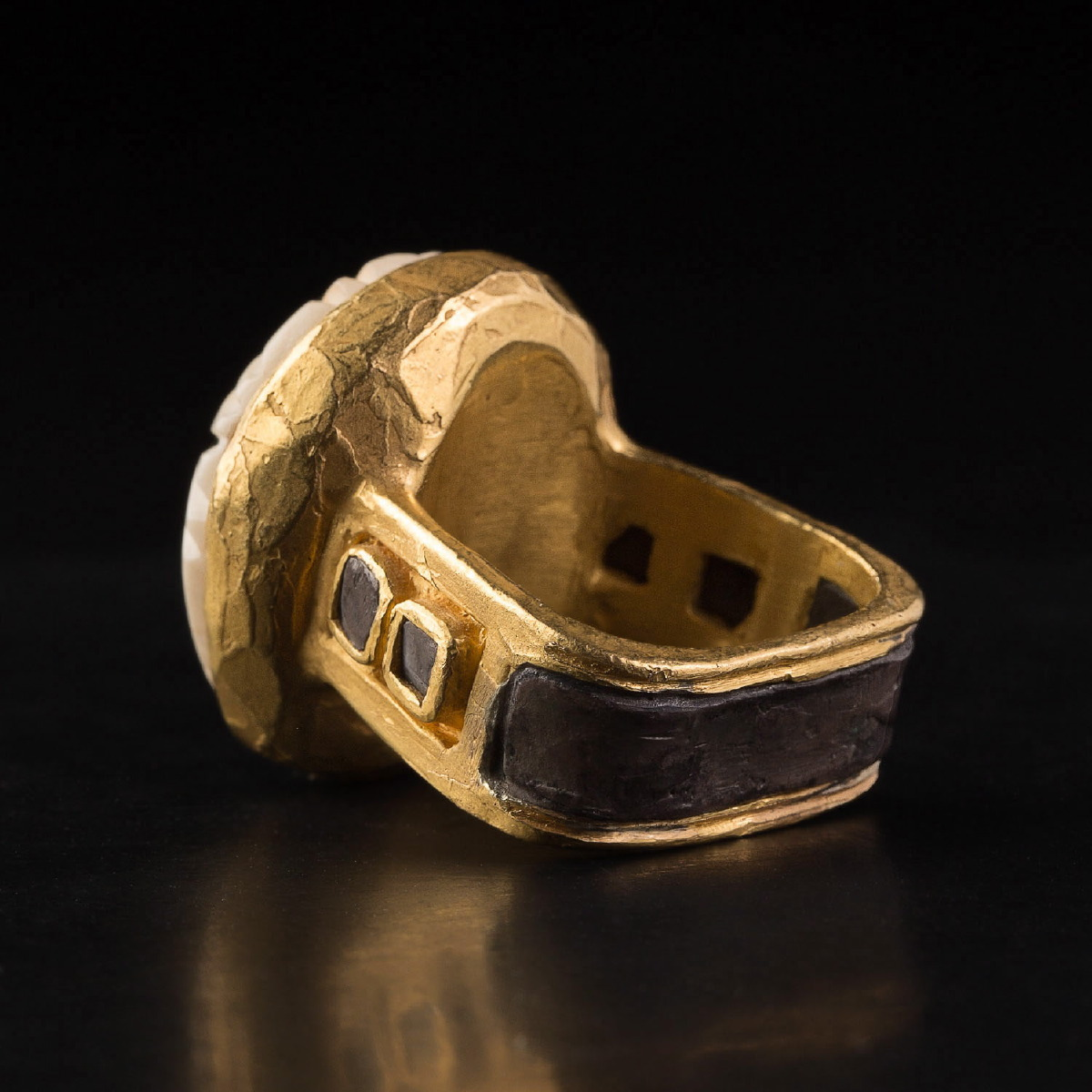 Photo of gold-ring-with-old-egyptian-bone-scarab-galerie-golconda-ancient-jewelry