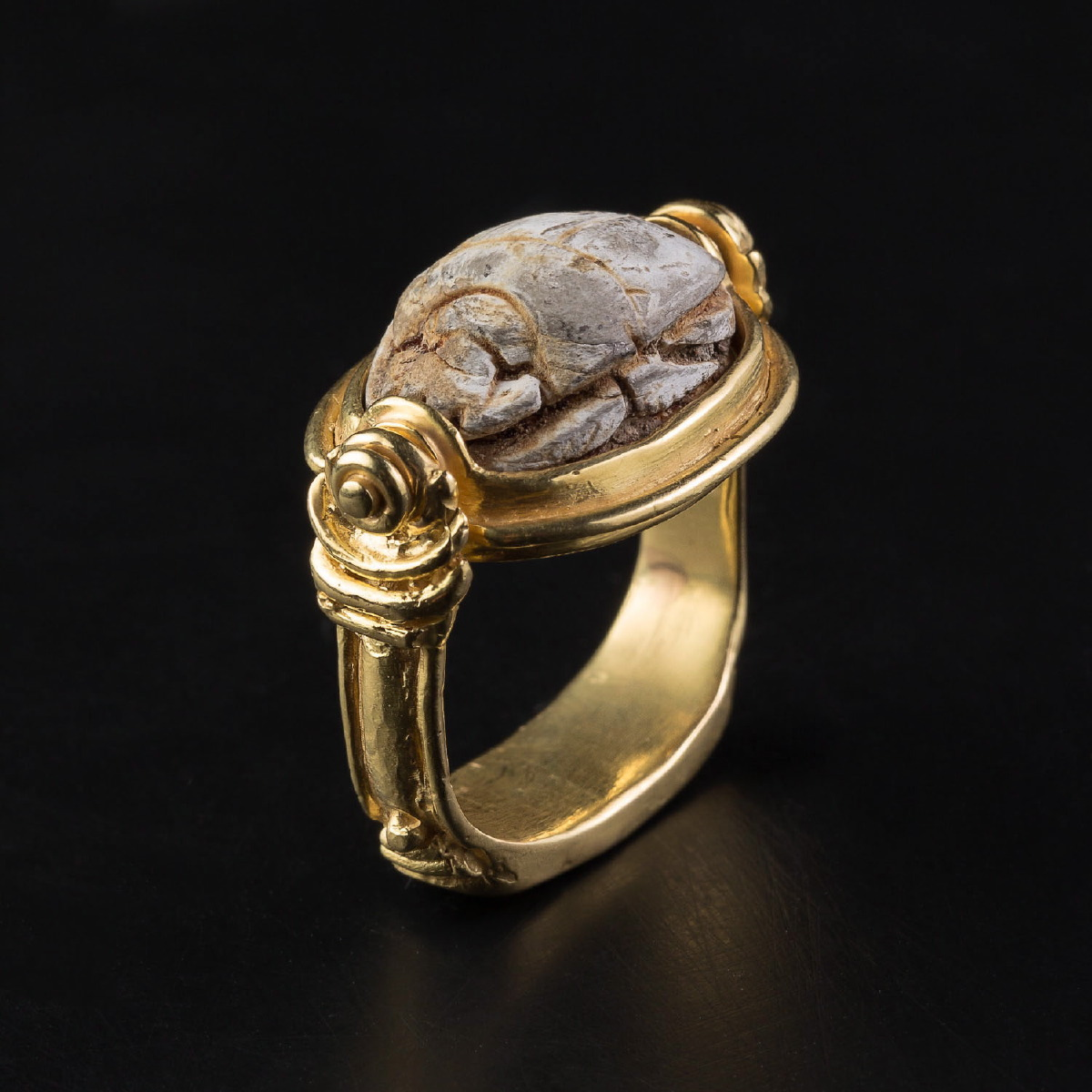 Photo of scarab-ring-gemmologist-ancient-civilisations-museum-quality-jewels