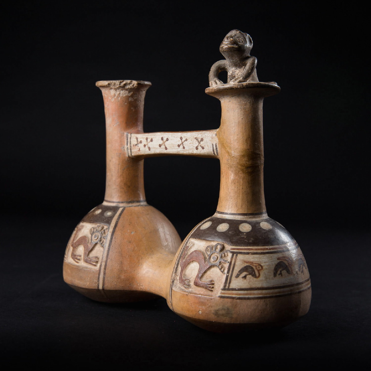 Photo of ancient-art-inca-vase-vessel-pottery-peru-archeology-galerie-golconda-beryl-cavallini-specialist