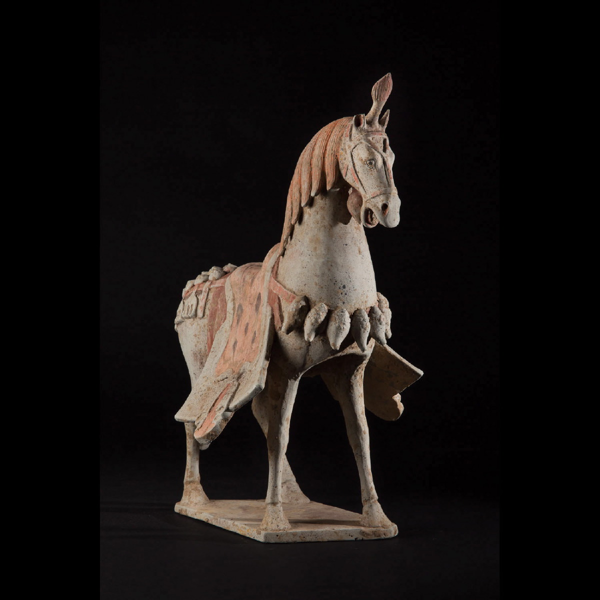 Photo of EXCELLENT WEI PARADE POTTERY HORSE