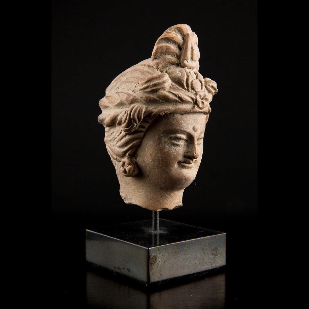 Photo of bodhisattva-head-with-turban-gandhara-afganistan-galerie-golconda