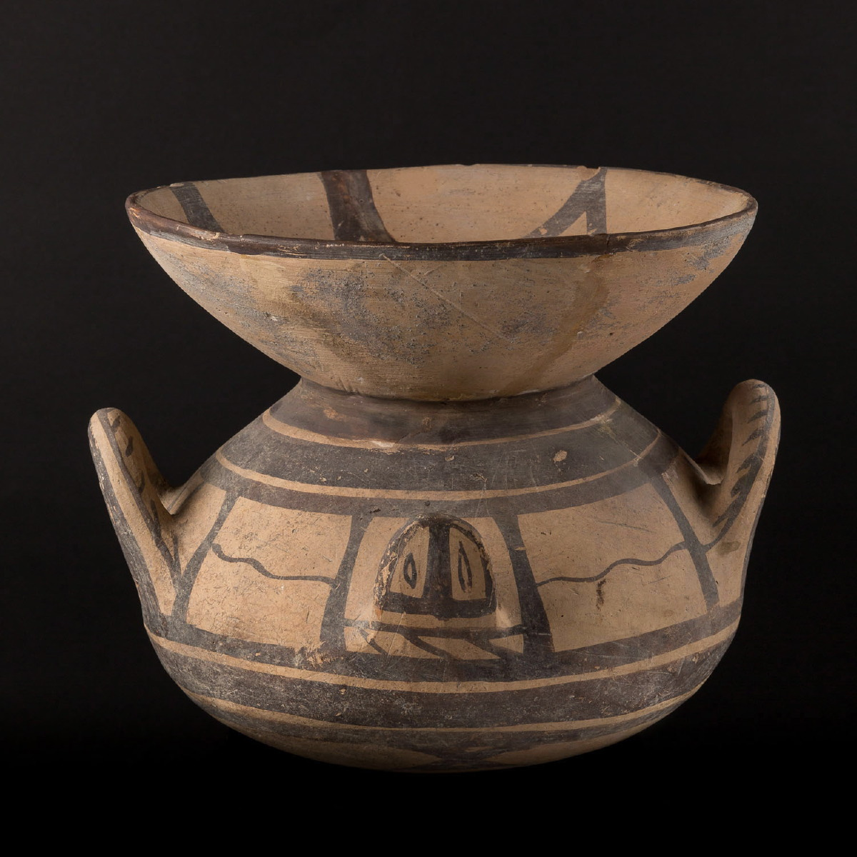 Photo of olla-vase-apulian-daunian-iapyge-terracotta-archeology-galerie-golconda