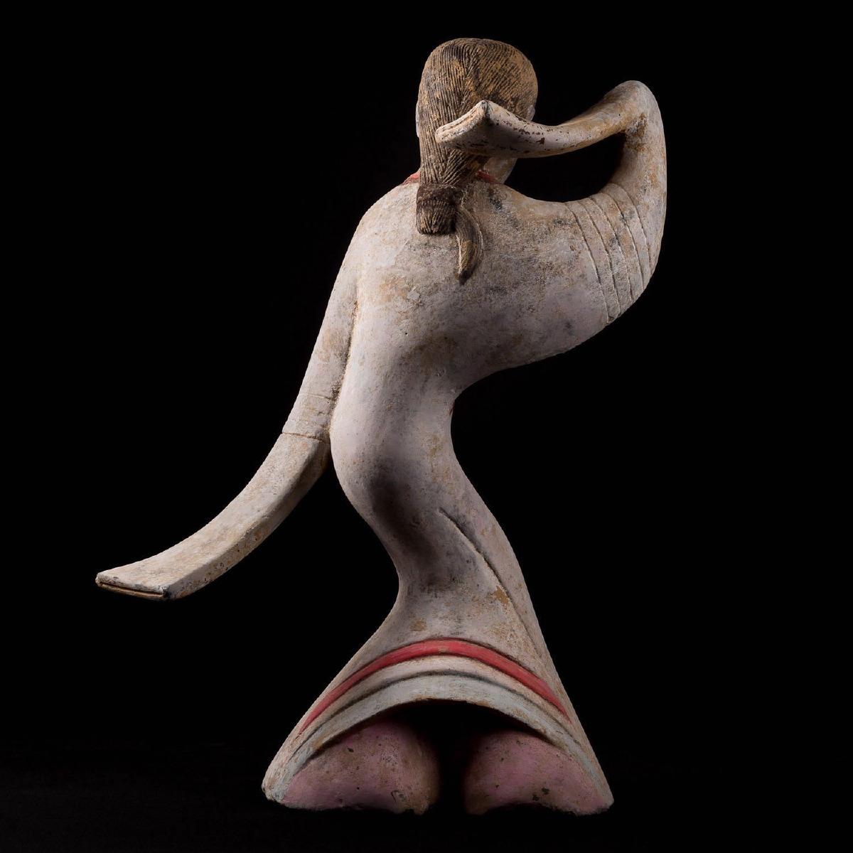 Photo of china-dancer-han-pottery-thermoluminescent-test-musuemgalerie-golconda
