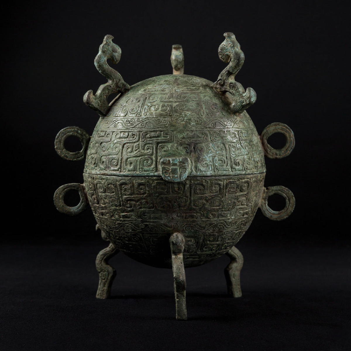 Photo of dui-bronze-vessel-shang-dynasty-bronze-china-museum-galerie-golconda-archeology
