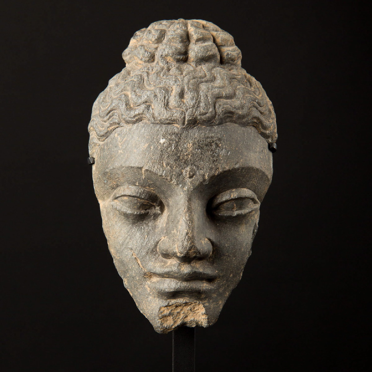 Photo of buddha-face-gandhara-greco-bouddhism-schiste-galerie-golconda