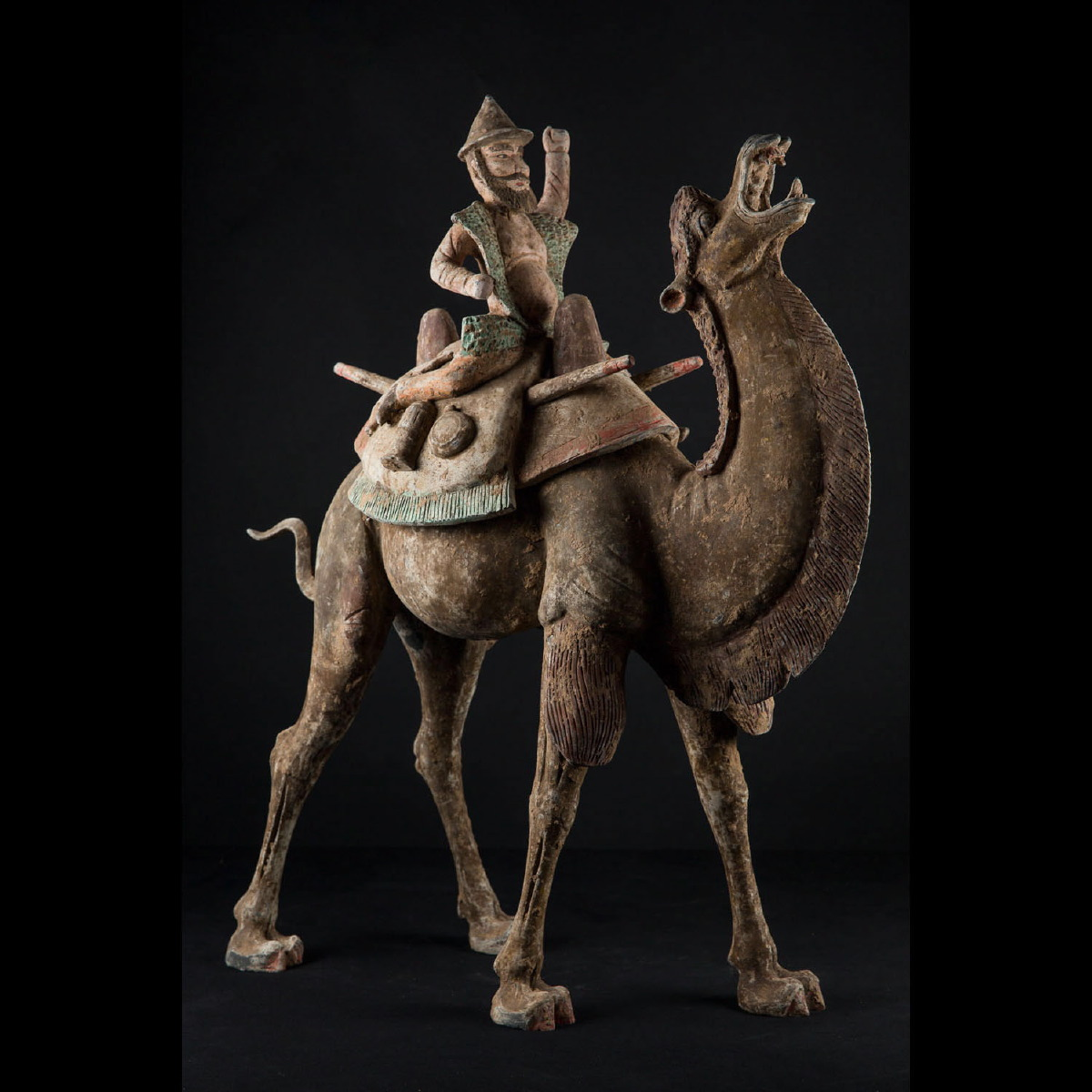Photo of tang-sogdian-camel-silk-road-with-camel-driver-thermoluminescent-test-galerie-golconda