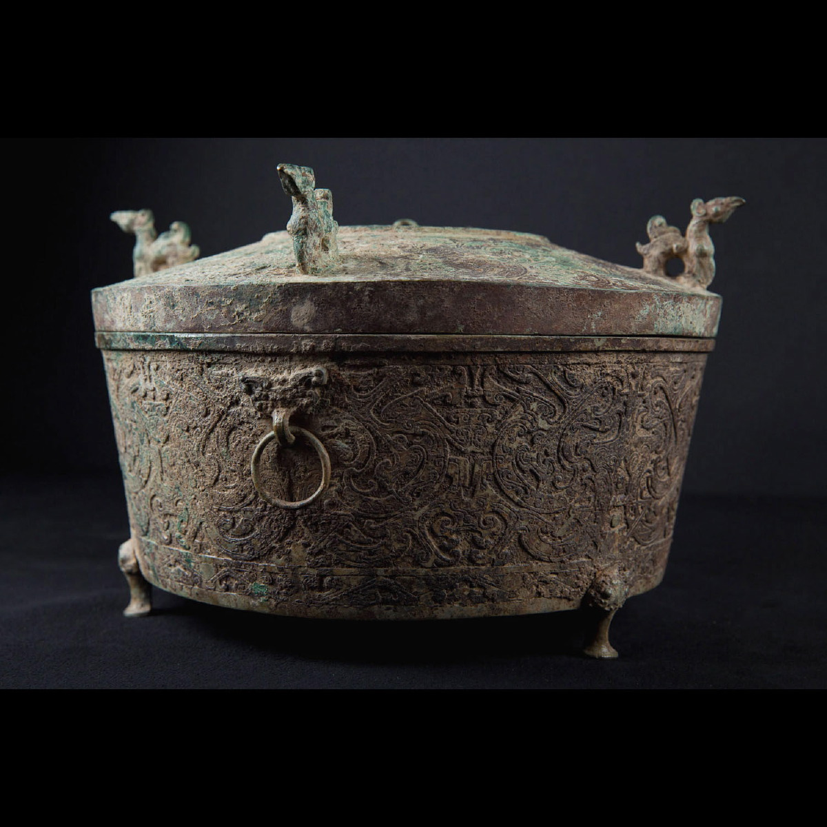 Photo of han-vessel-bronze-han-lost-wax-method-galerie-golconda