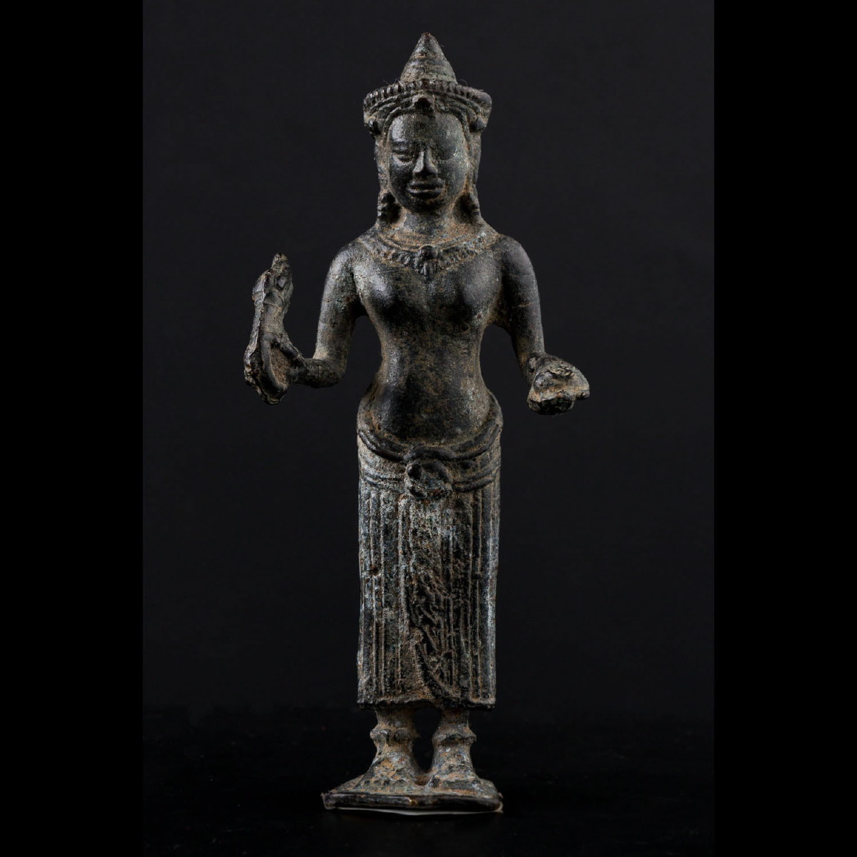 Photo ofKHMER BRONZE OF THE GODDESS UMA WITH TANTRIC ATTRIBUTES