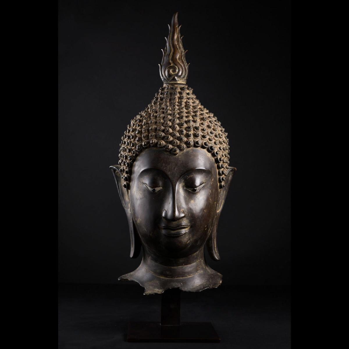 Photo of buddha-head-in-bronze-ayutthaya-musuem-galerie-golconda