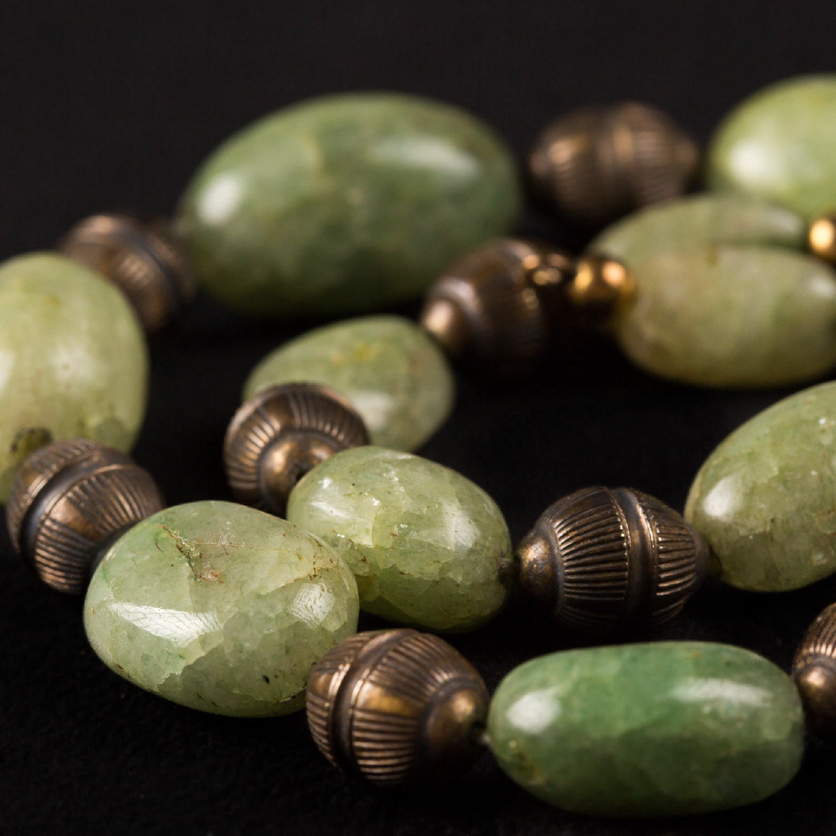 Photo of rare-olivine-necklace-ancient-egypt-metropolitan-museum-museum-of-man