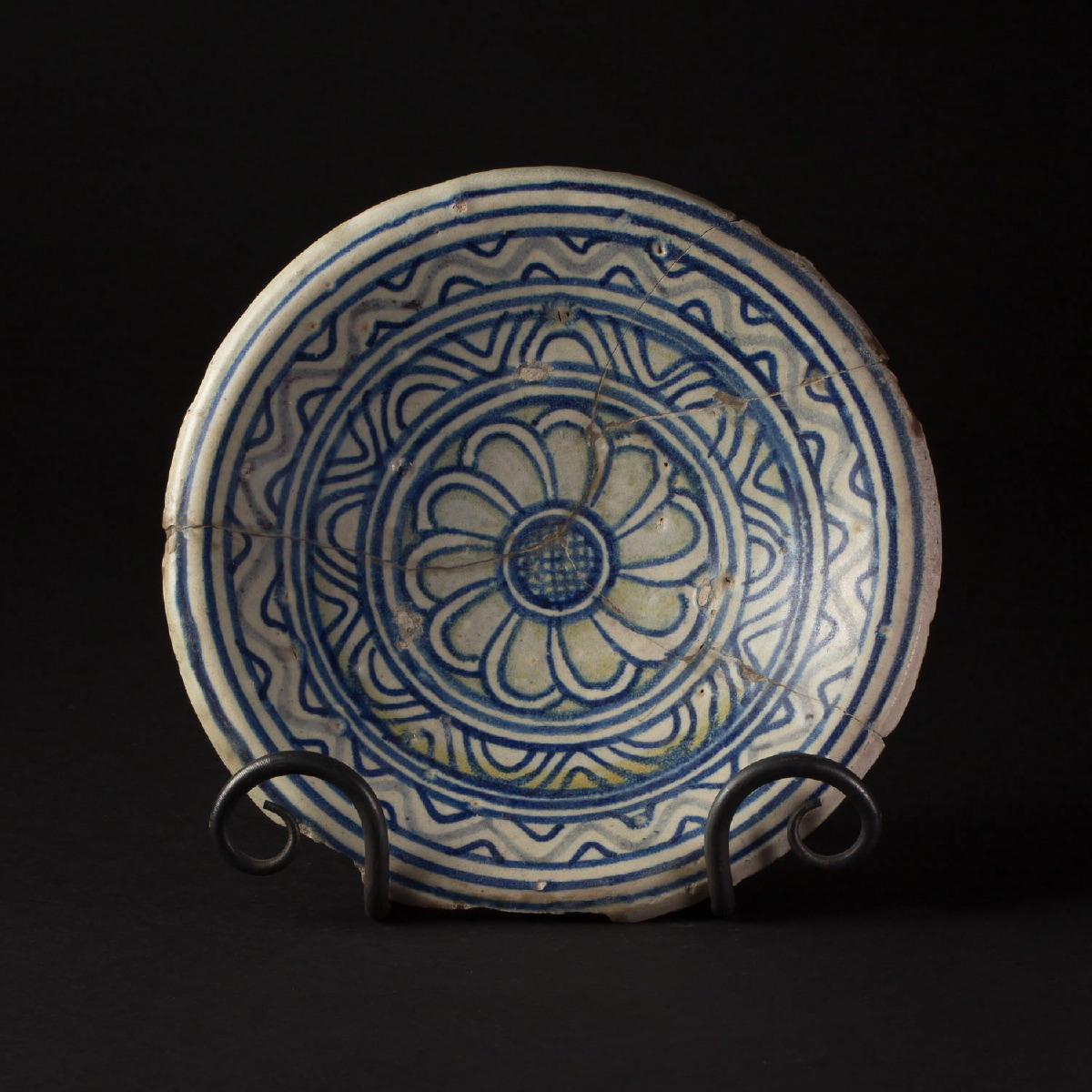 Photo of maiolica-plate-1550-renaissance-collection-van-achterbergh-galerie-golconda