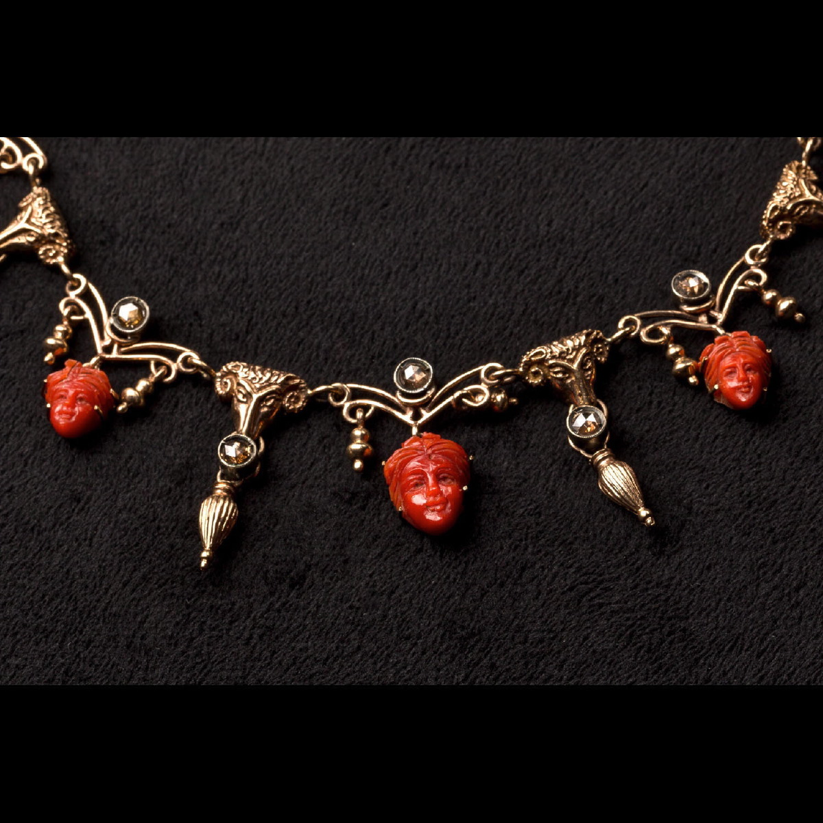 Photo of ancient-jewellery-diamonds-coral-galerie-golconda-ancient-jewelery-revival