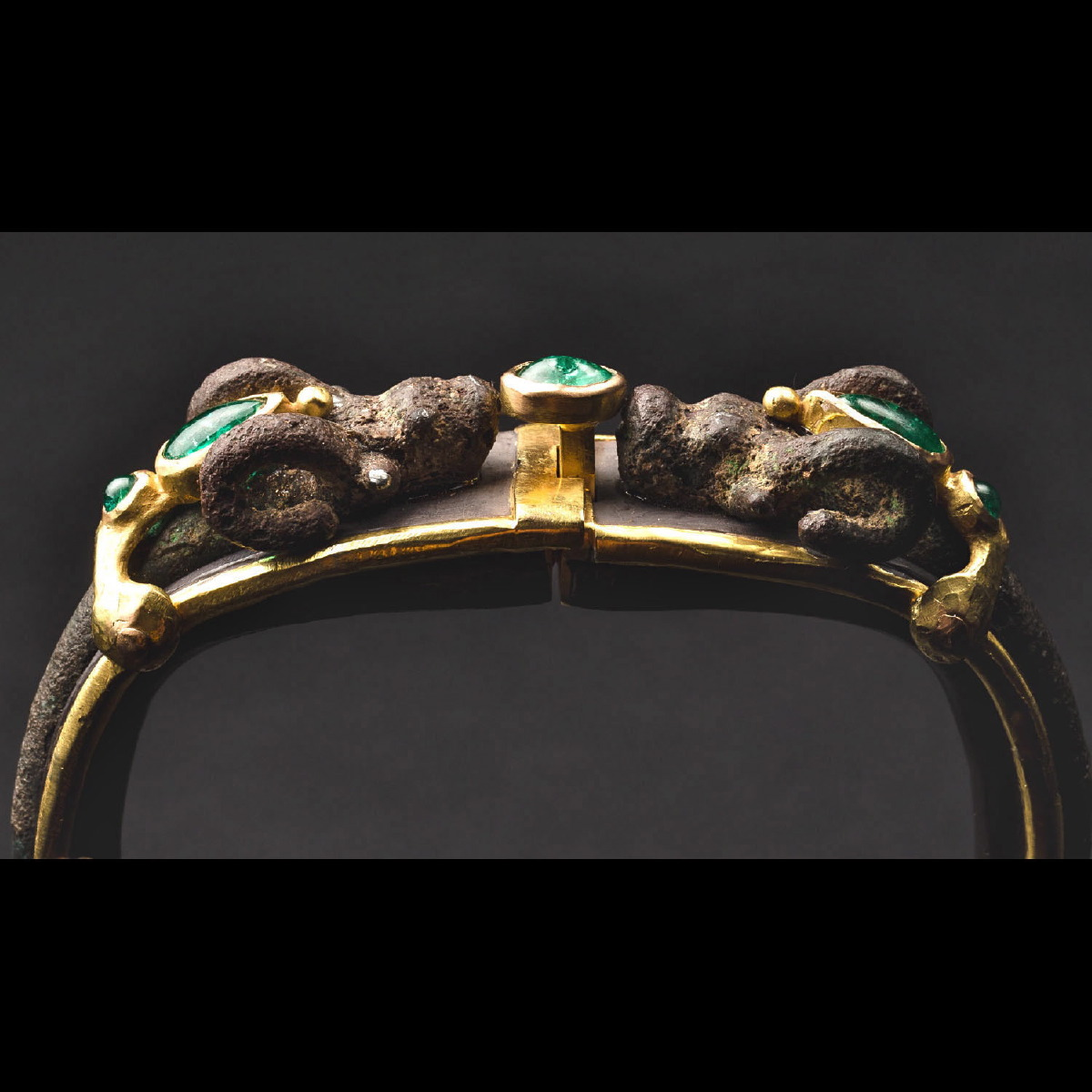 Photo of BRACELET WITH LURISTAN IBEX ENRICHED WITH EMERALDS