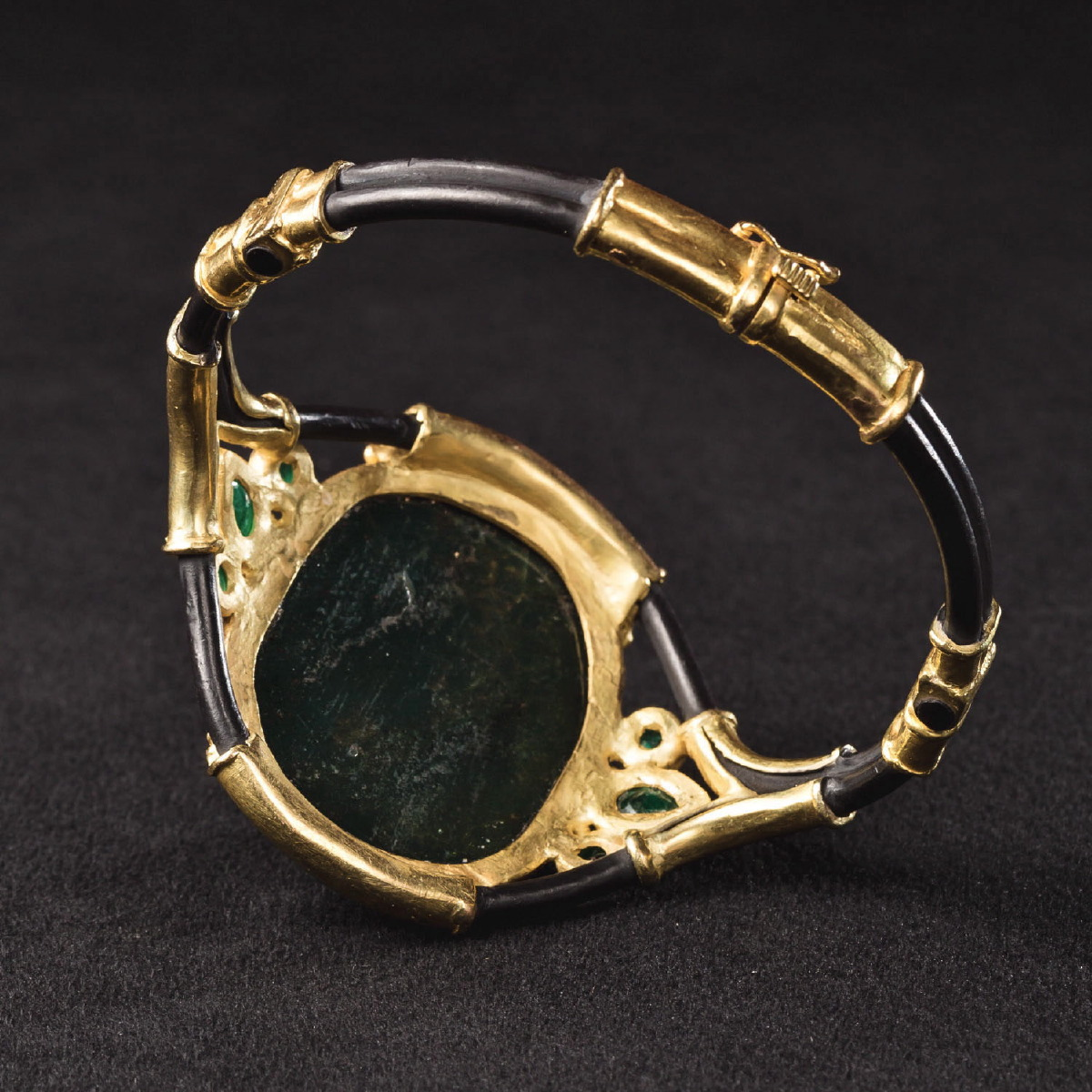 Photo of CAMEO BRACELET OF DEMETRIUS I OF MACEDON