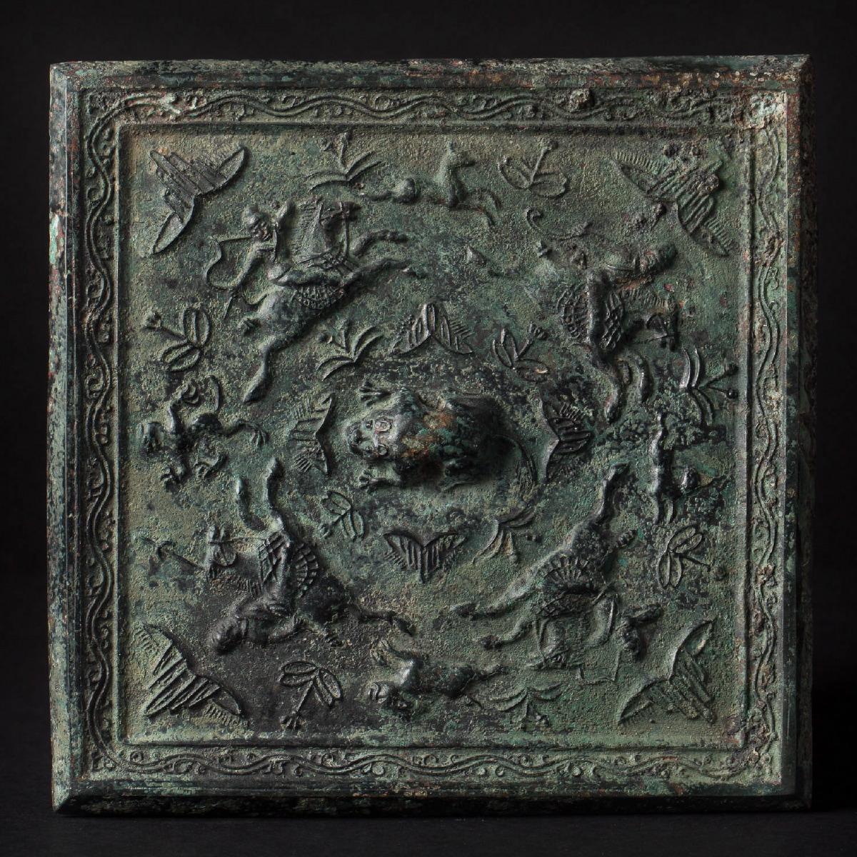 Photo of ancient-chinese-art-saint-paul-de-vence-bronze-mirror-tang-galerie-golconda-china