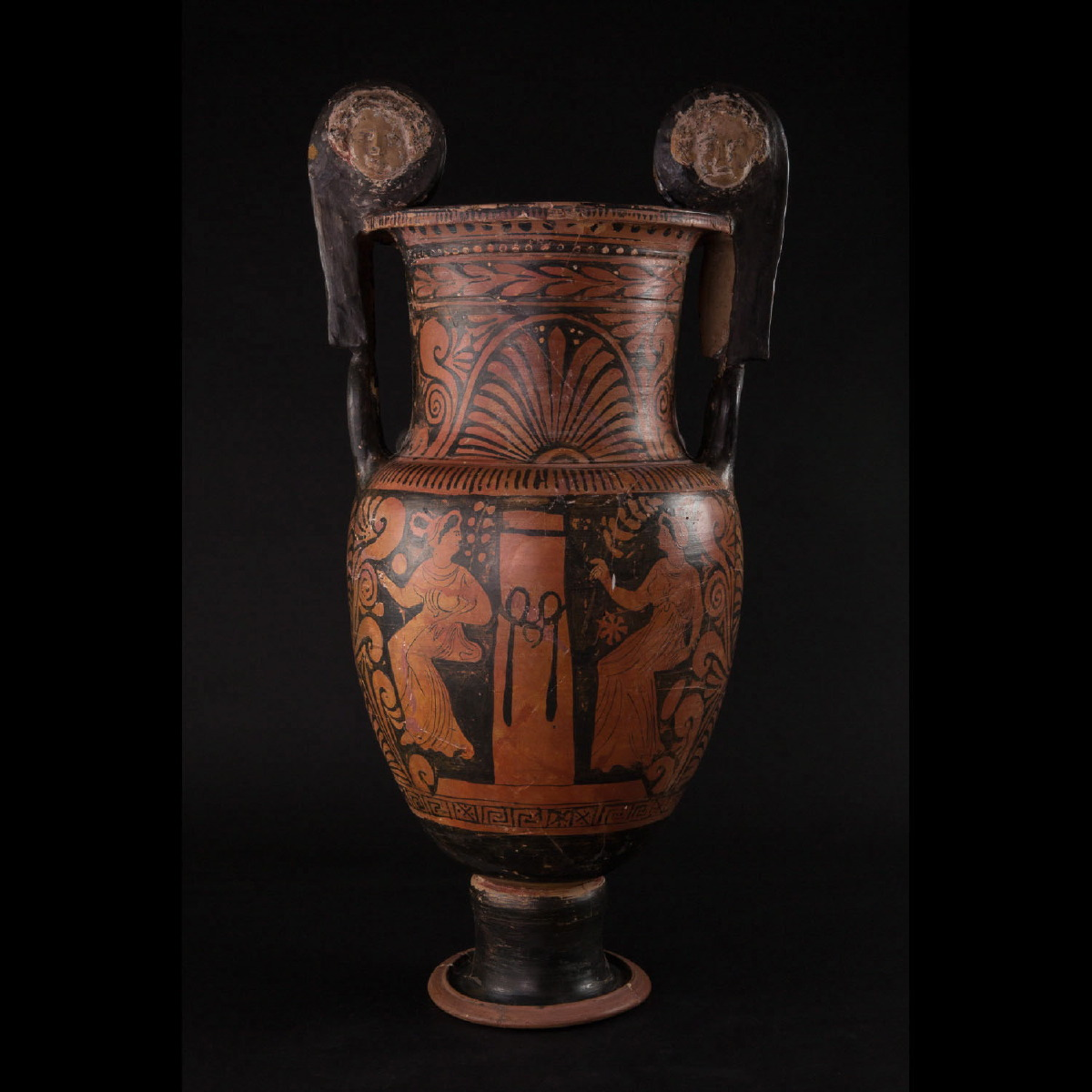 Photo of volute-crater-in-red-figure-ware-apulian-4th-cent-bc