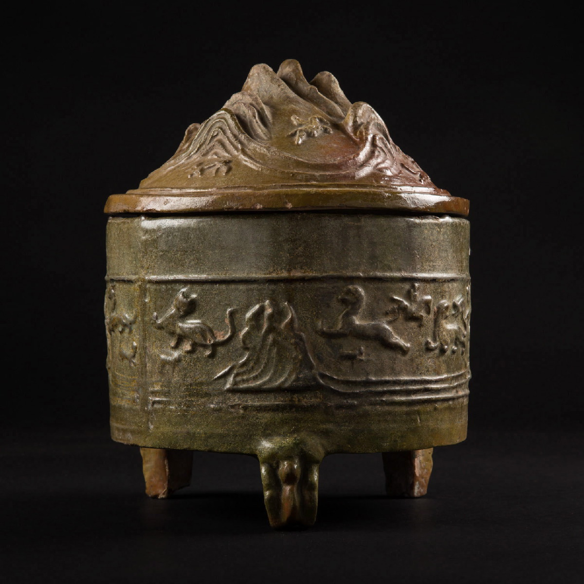 Photo of han-lidded-make-up-container-bo-shan-glazed-green-galerie-golconda