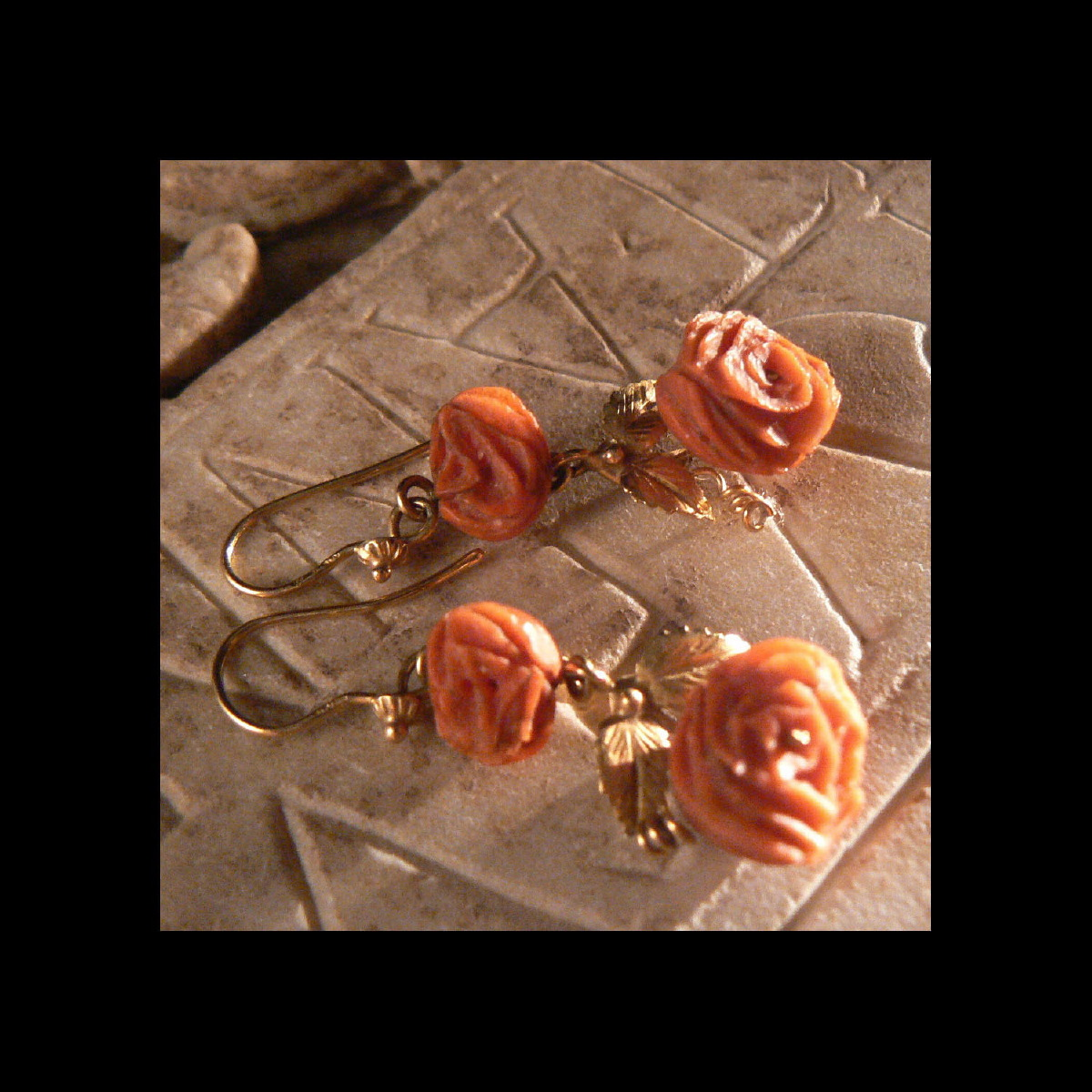 Photo of PENDANT EARRINGS ANCIENT CORAL AND GOLD