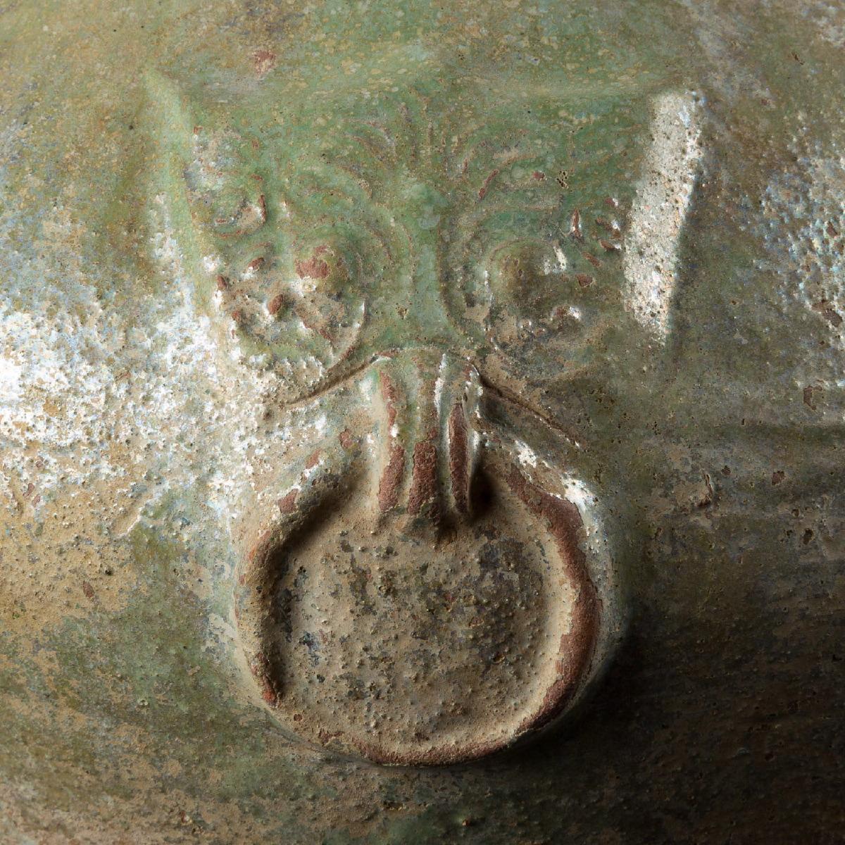 Photo of vase-ceramic-taotie-dynastie-han-china-galerie-golconda-in-saint-paul-de-vence-cote-dazur