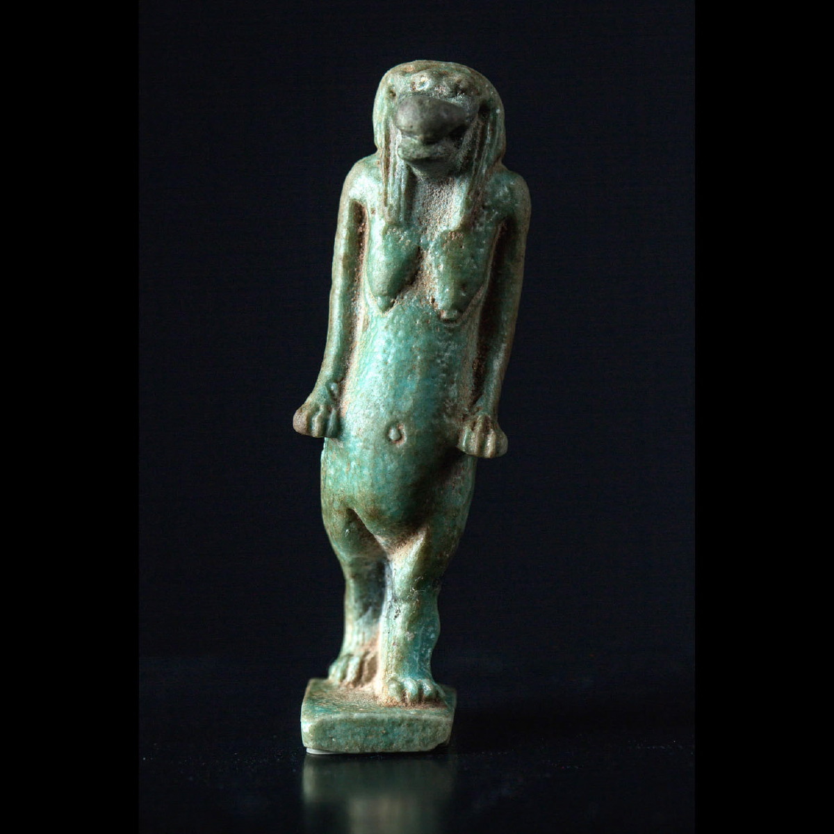Photo of thoueris-ceramic-egypt-galerie-golconda