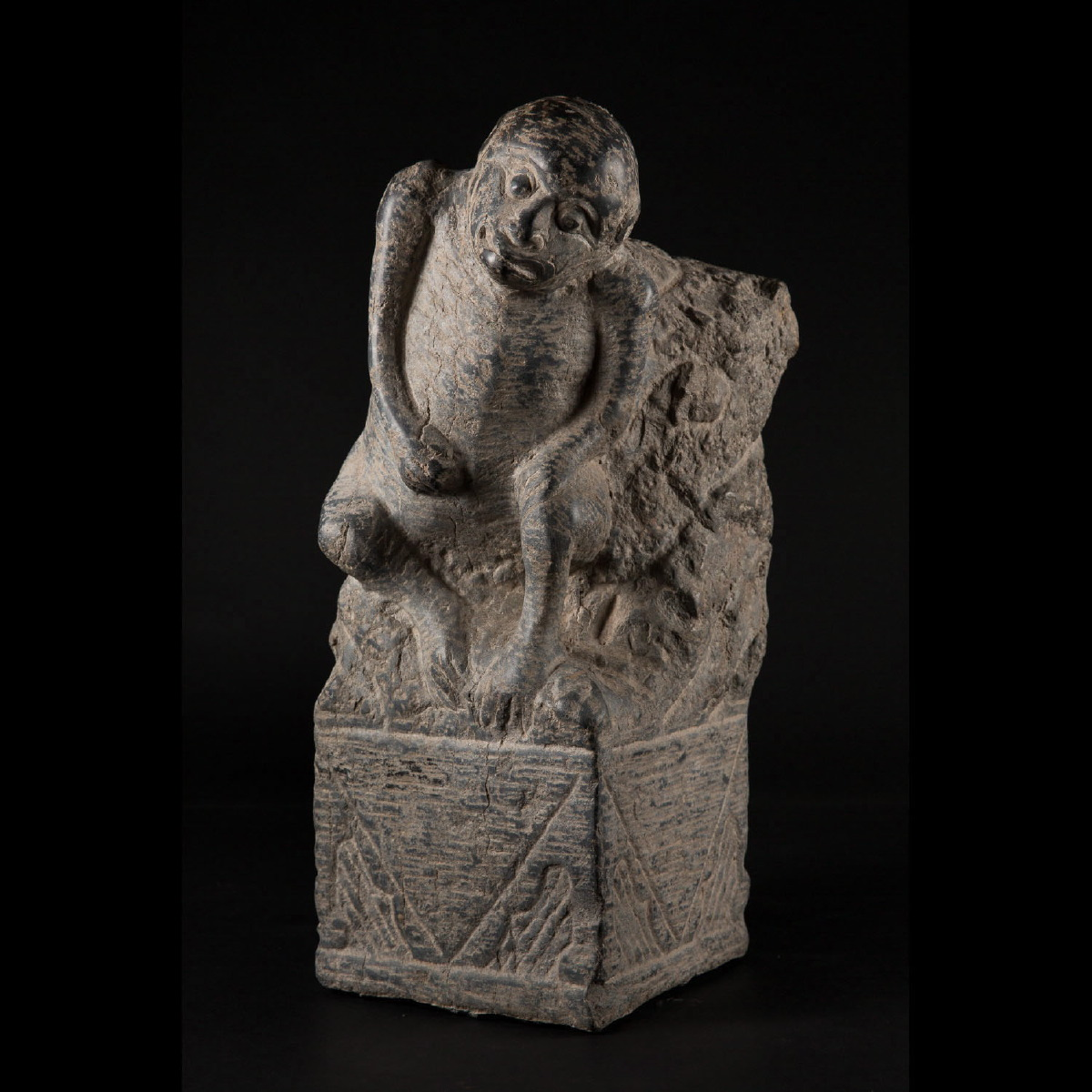 Photo of ming-dynasty-monkey-stone-sculpture-galerie-golconda