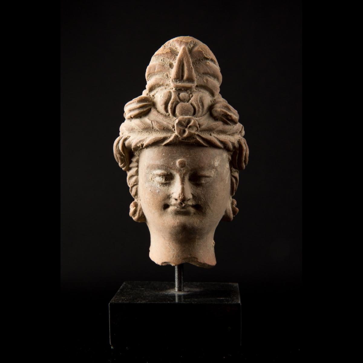 Photo of tte-de-bodhisattva-au-turban-1492