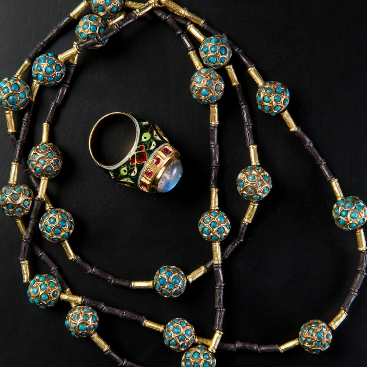 Photo of collier-a-perles-chinoises-en-turquoise