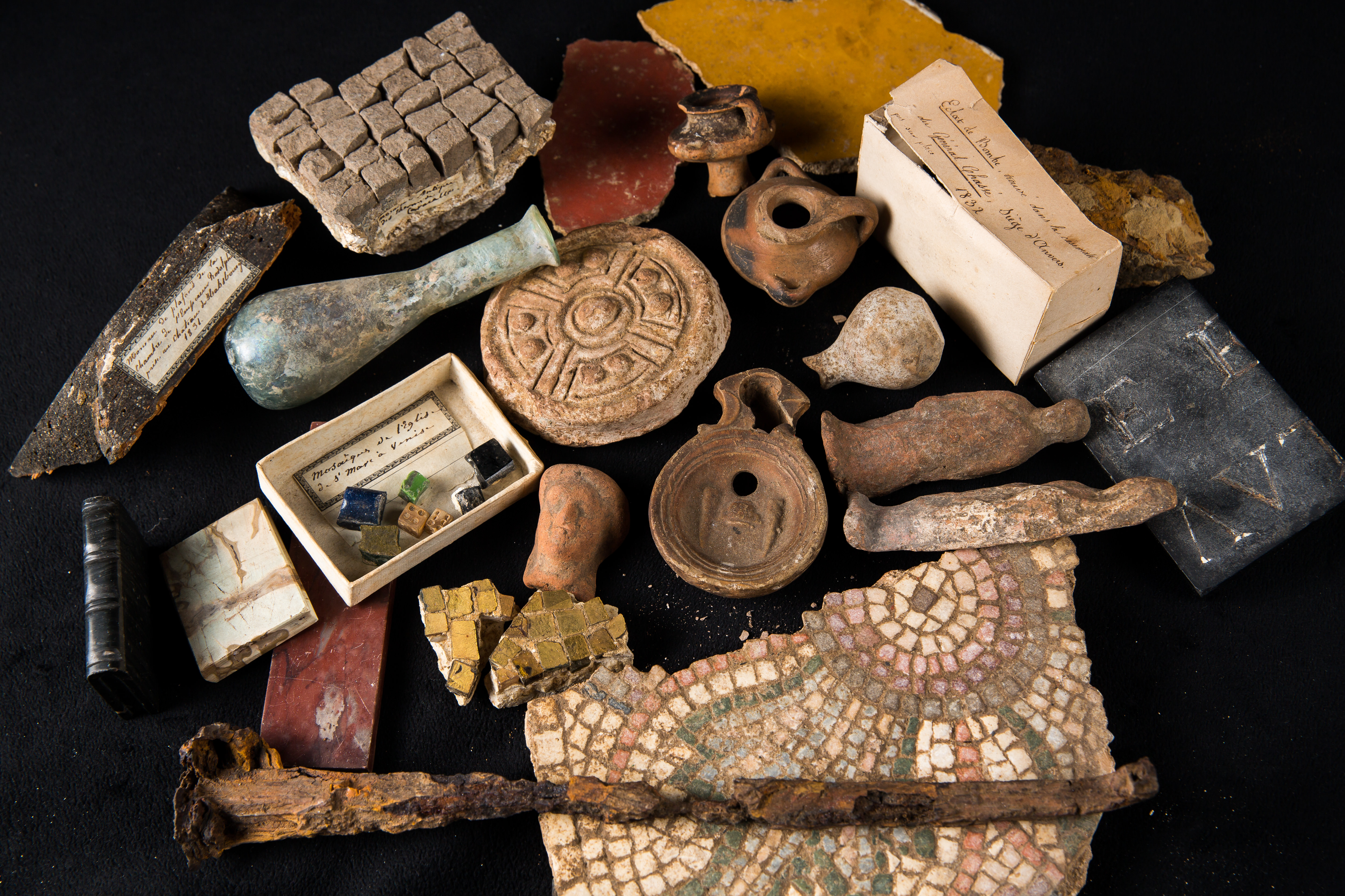 Photo of EXTRAORDINARY SET OF ARCHAEOLOGICAL SOUVENIRS