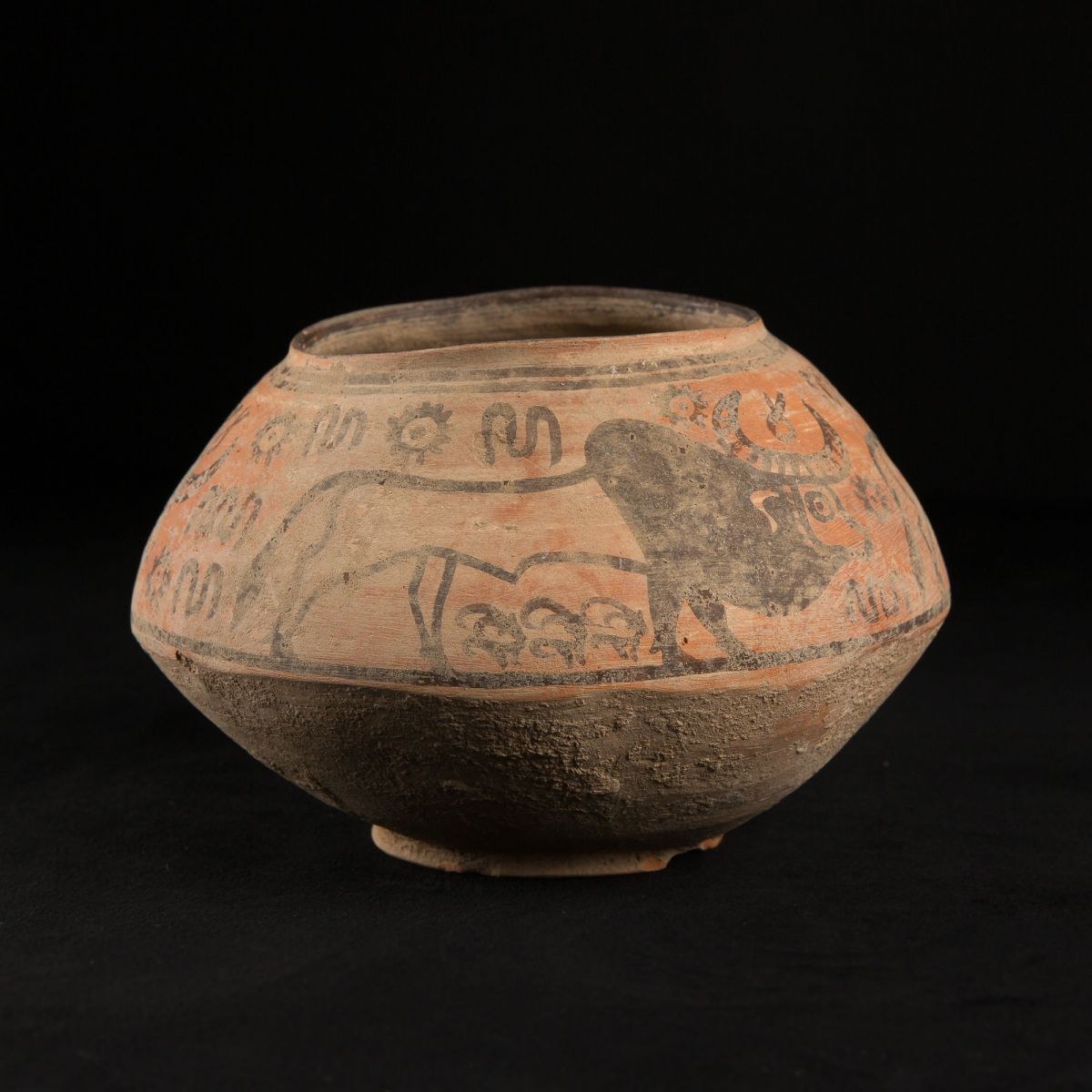 Photo of neolitic-pottery-indus-valley-mehrgarh-thermoluminest-test-musuem-galerie-golconda-expert-ancient-civilisations