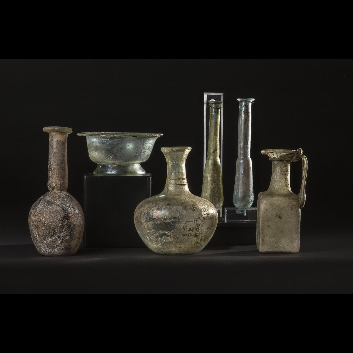 Photo of antique-glass-roman-period-phenicia-mediterranean