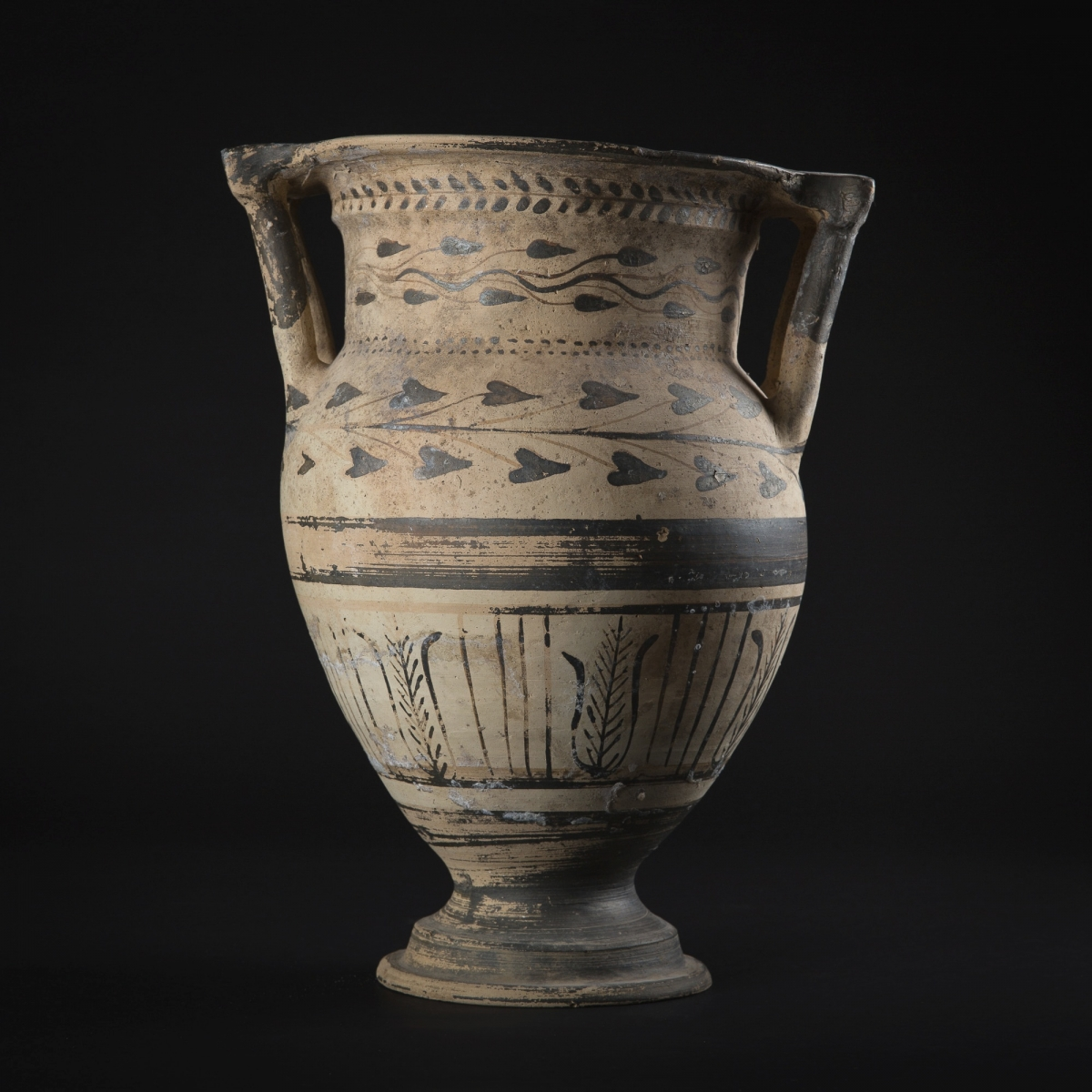 Photo of ordonna-vase-with-columns-galerie-golconda