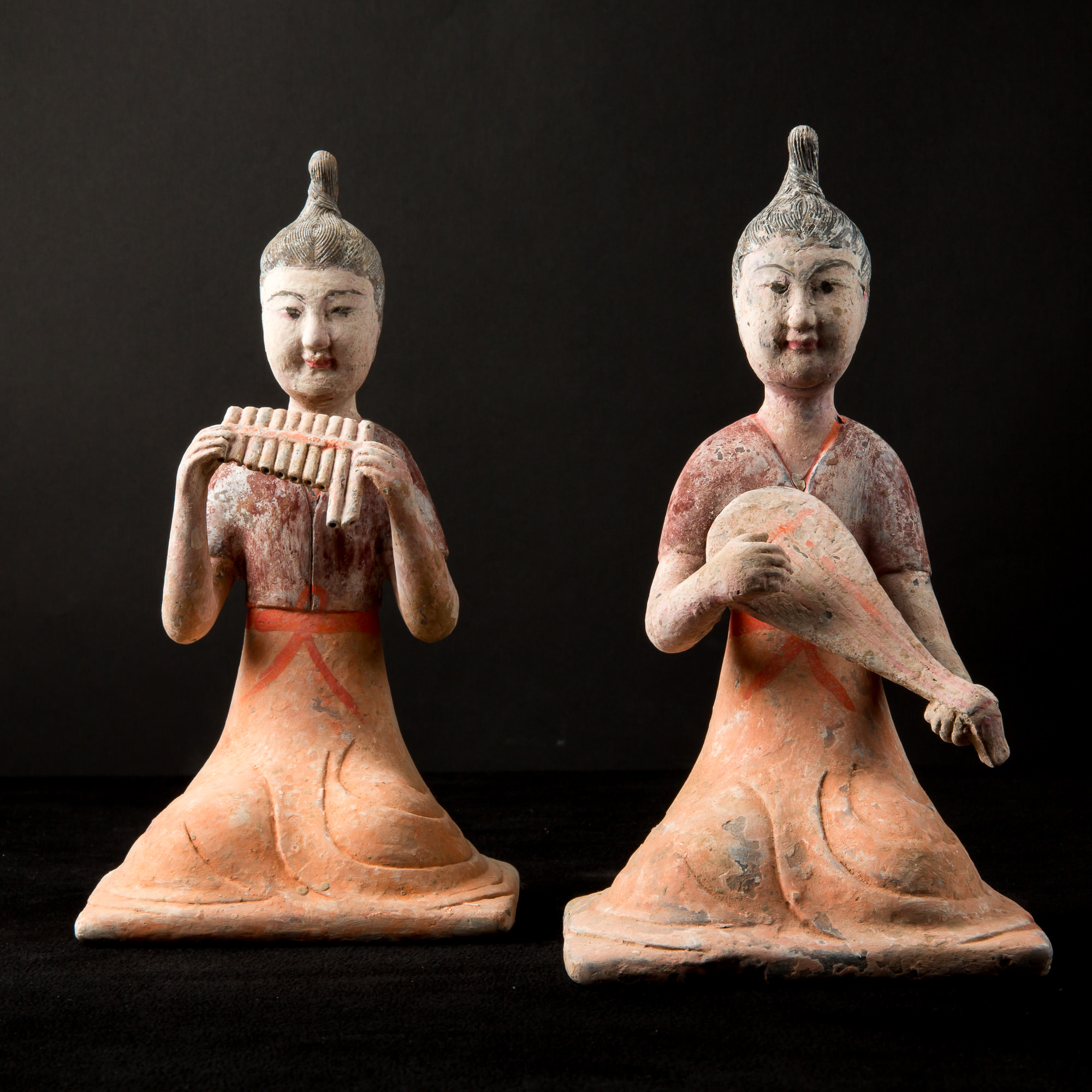 Photo of china-tang-pair-statues-musicians-terracotta-tl-test