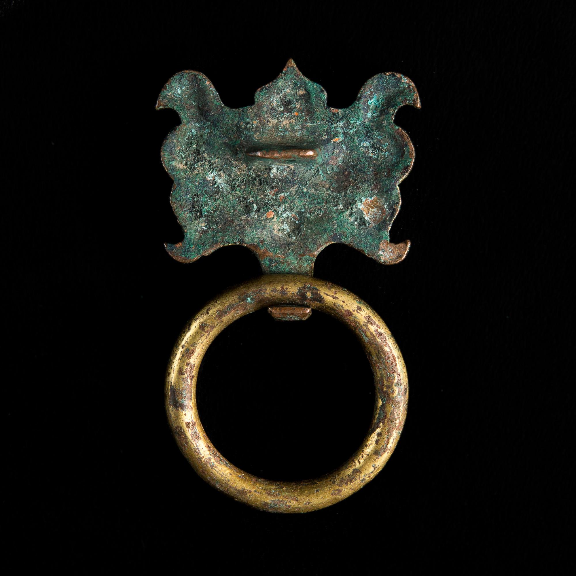 Photo of chine-dynastie-han-taotie-element-bronze-dore-decoratif