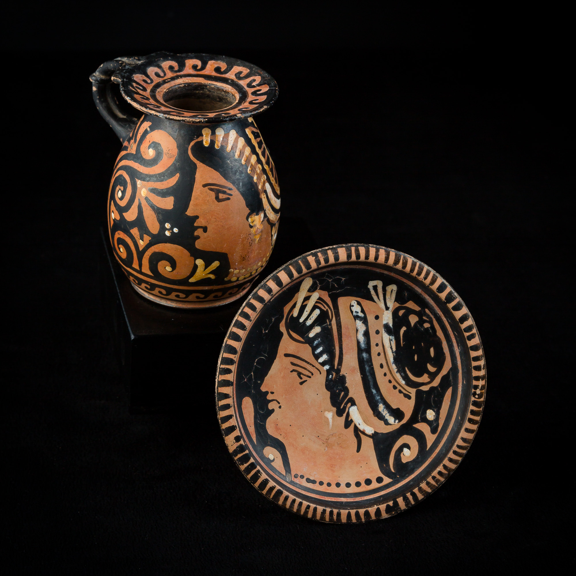Photo ofELEGANT HELLENISTIC CHALICE WITH FEMALE PROFILE