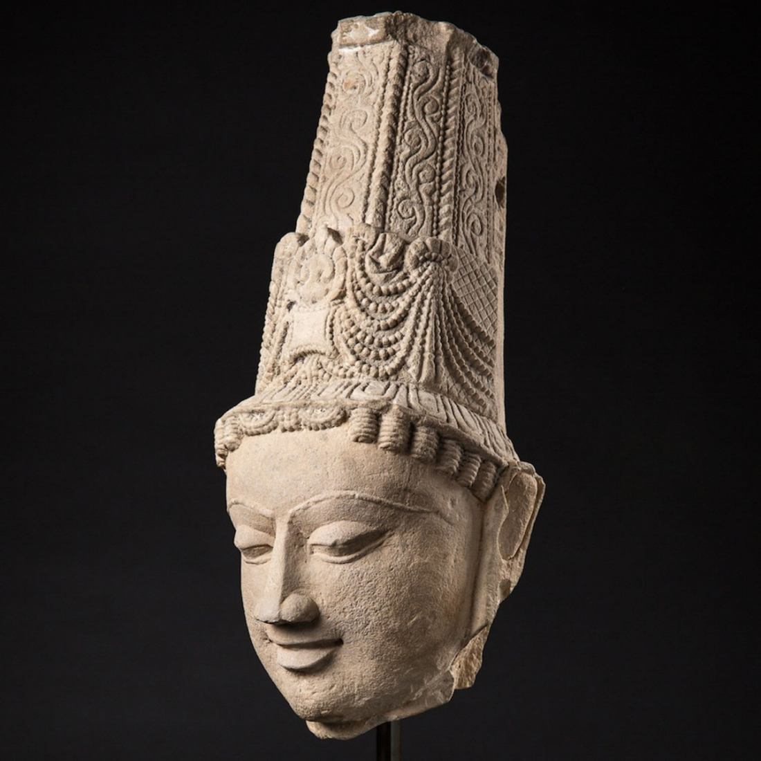 Photo of HEAD OF VISHNU – CHANDELLA DYNASTY