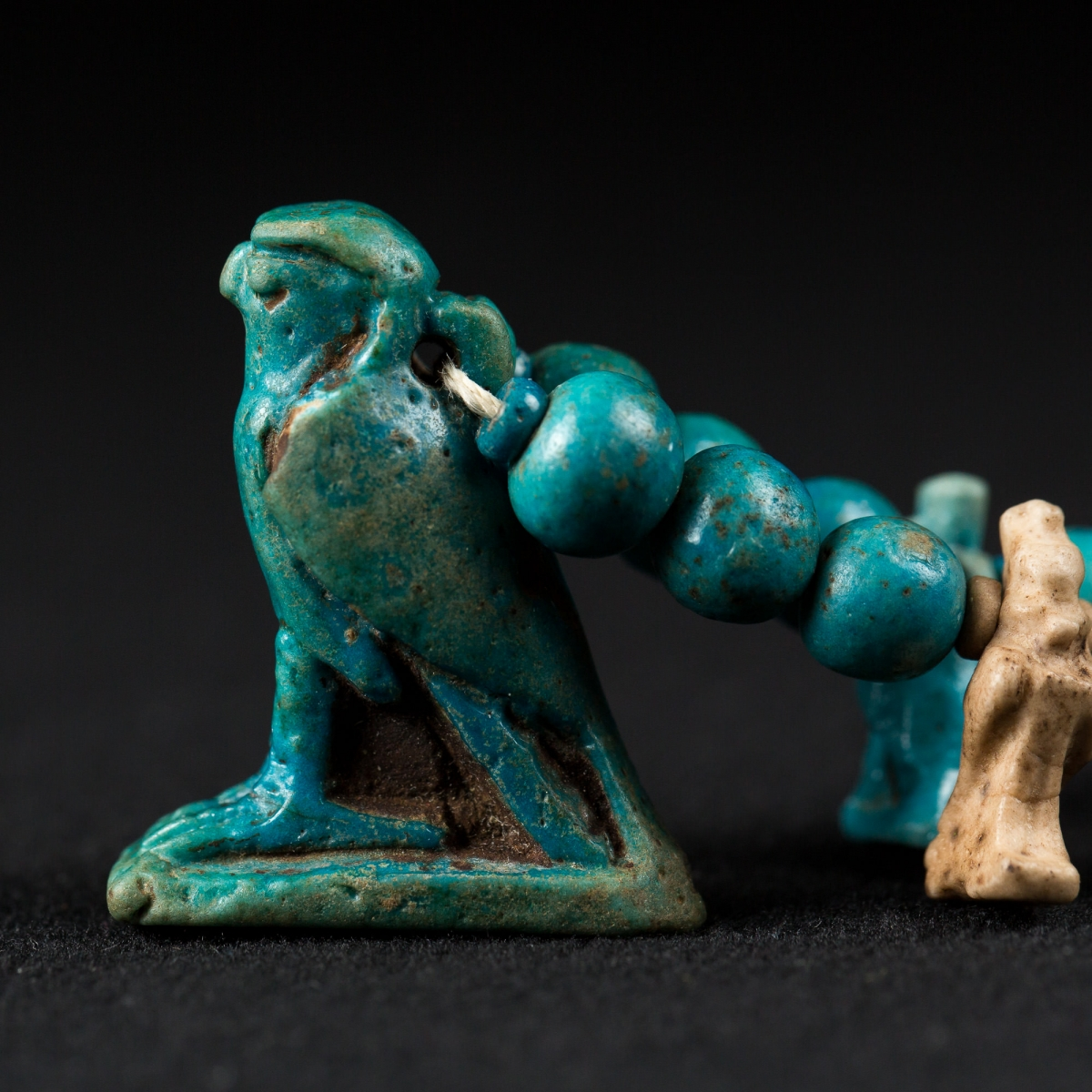 Photo of ancient-egyptian-horus-necklace-metropolitan-museum-san-diego-musuem-boston-fine-art-museum