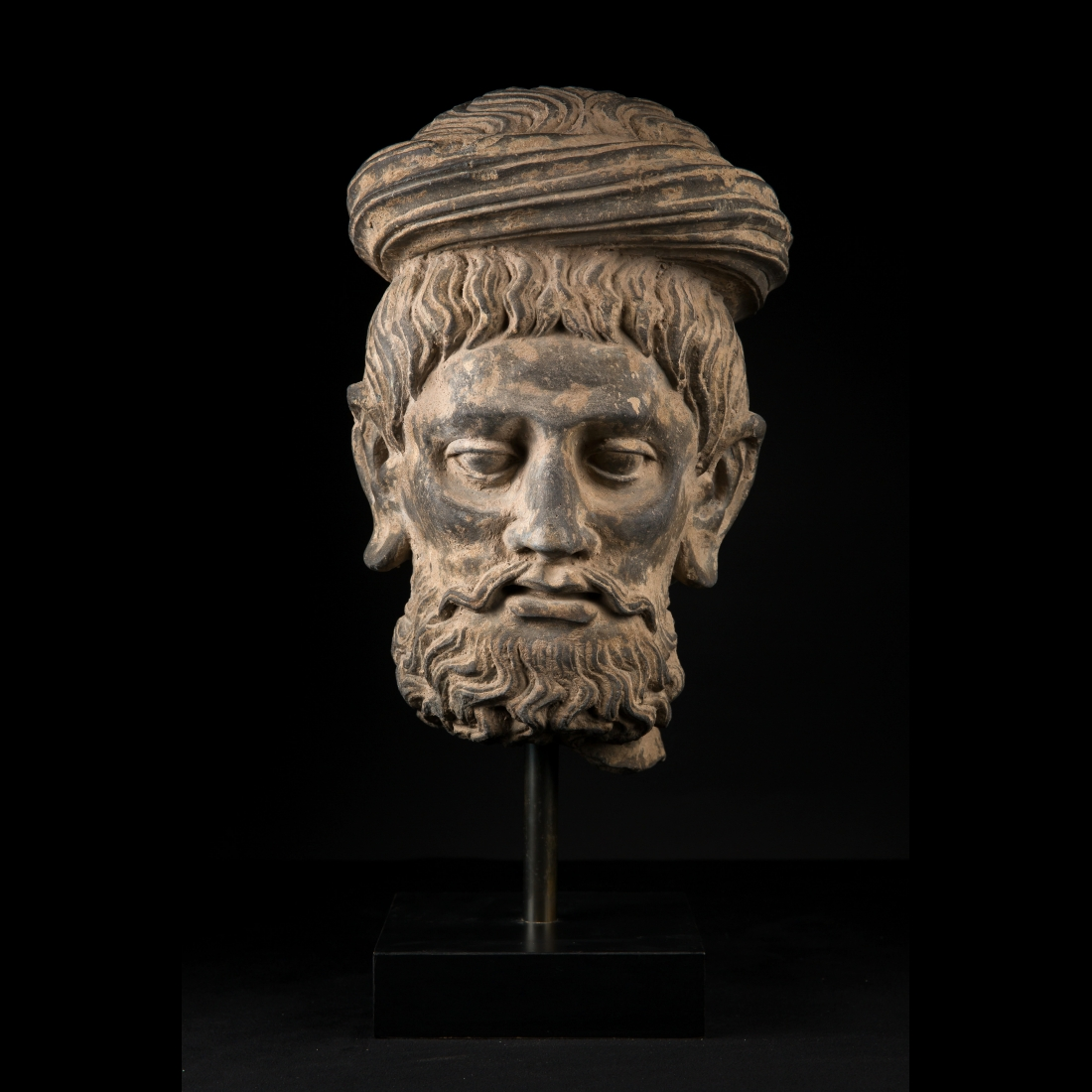Photo of gandhara-rare-head-of-a-man