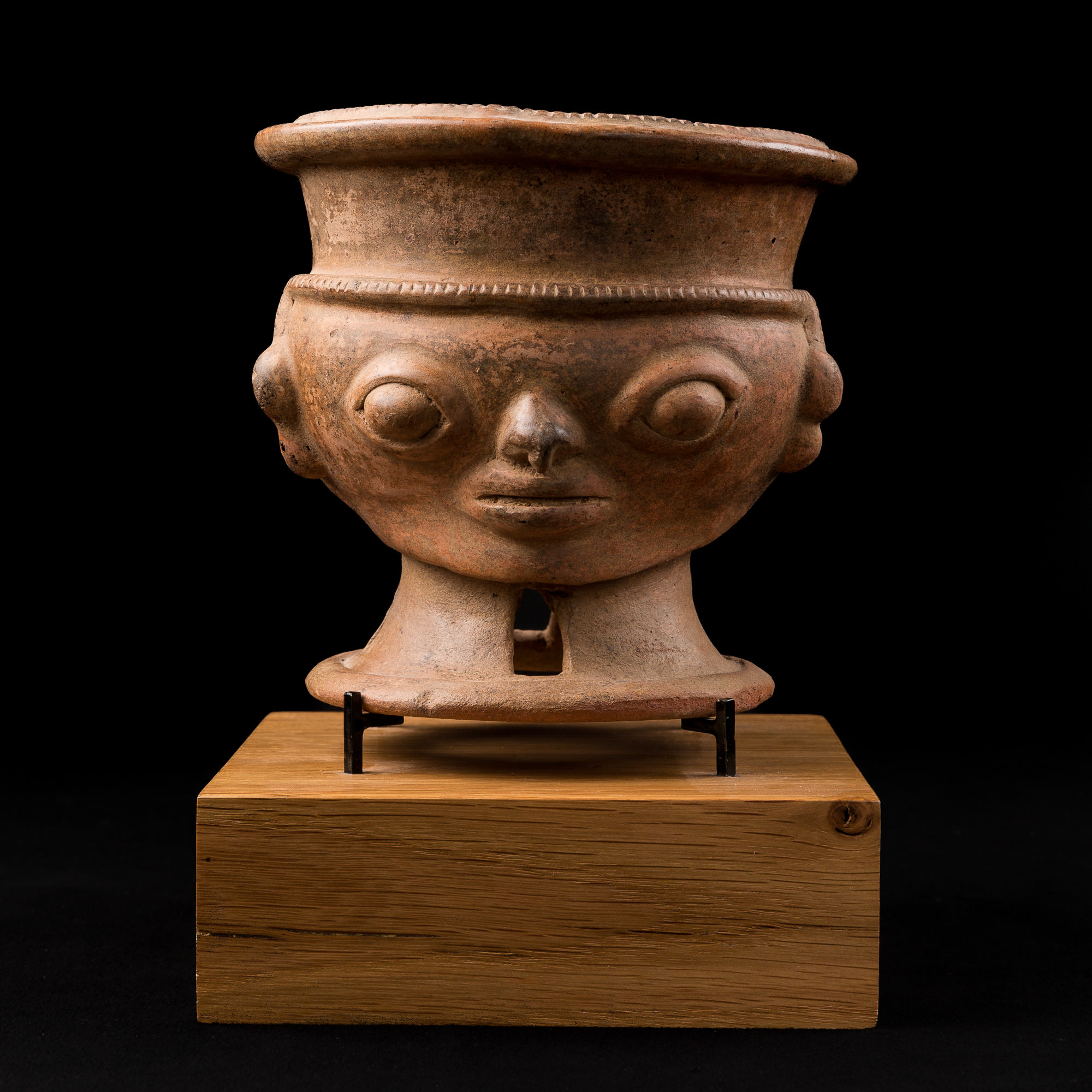 Photo of ceramic-narino-vase-pottery-colombia-capuli