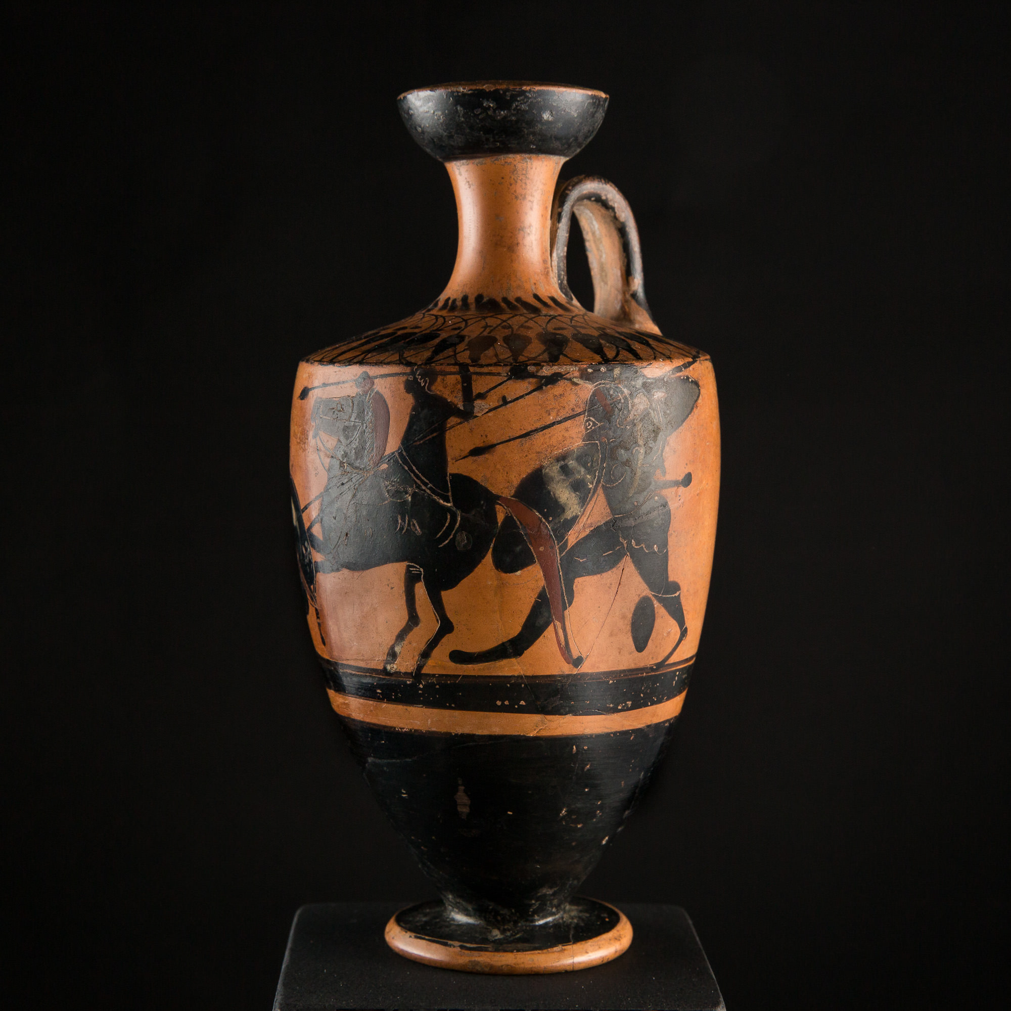 Photo of ancient-civilisation-greece-red-and-black-ware-vessel