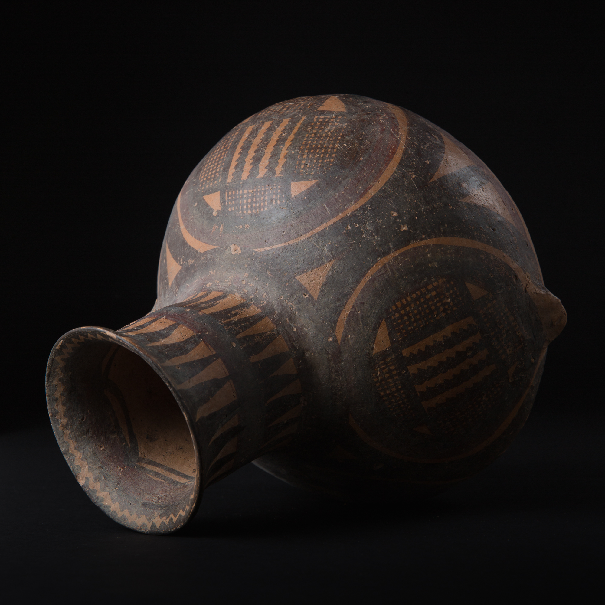 Photo ofNEOLITHIC YANSHAO VASE - MACHANG PHASE