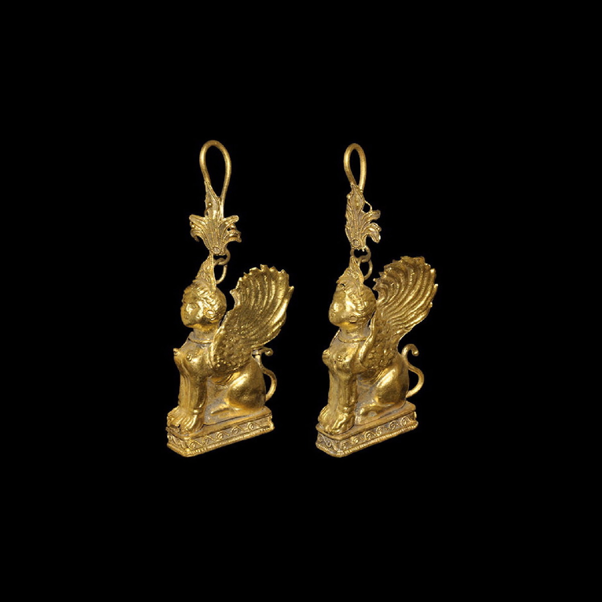 Photo ofRARE GOLD EARRINGS WITH SPHINX FROM ANCIENT GREECE