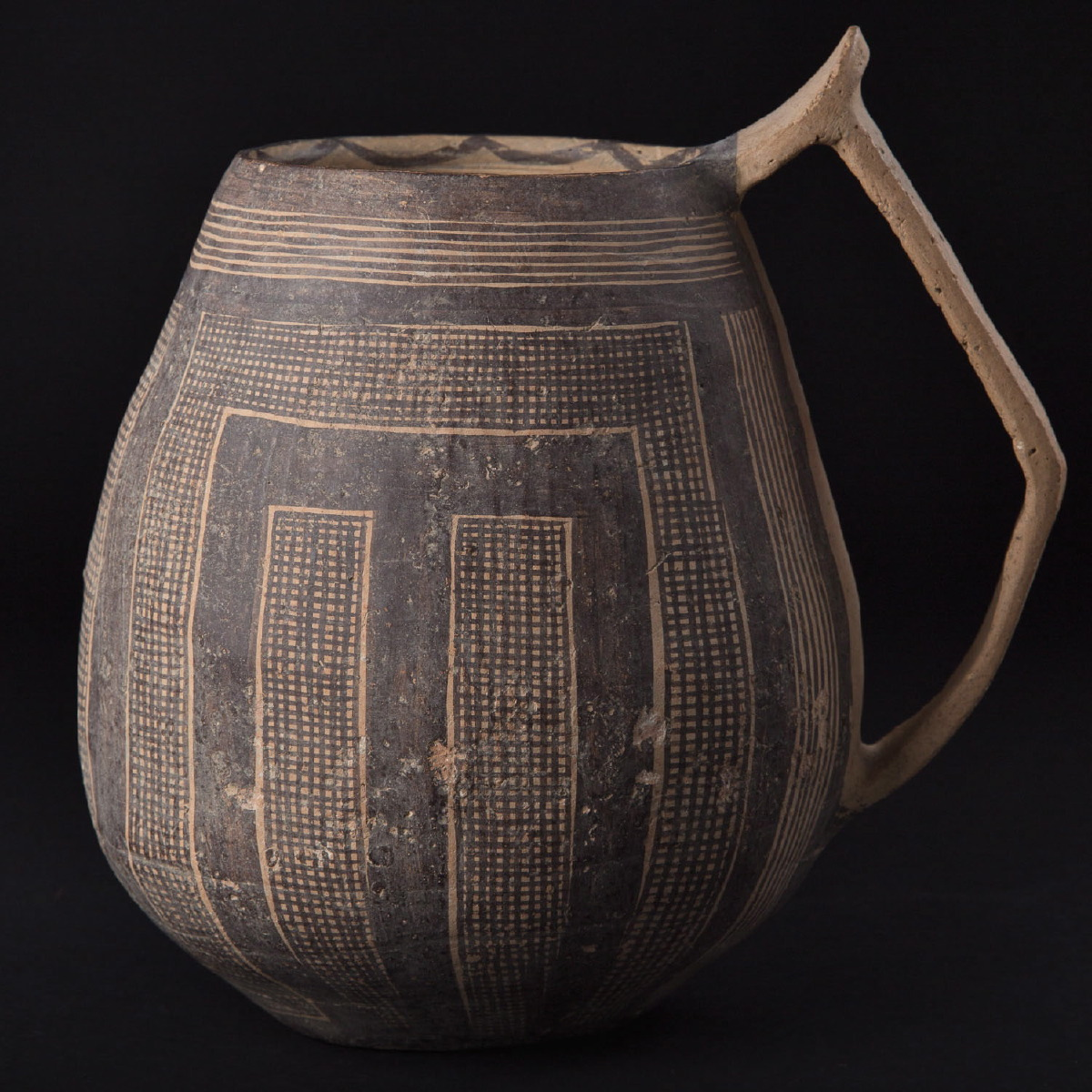 Photo ofCHINESE NEOLITHIC YANGSHAO EWER - MACHANG PHASE