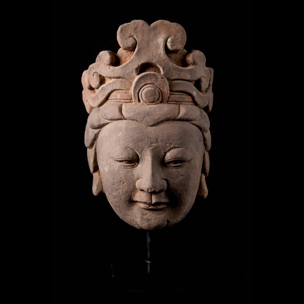 Photo ofMING DYNASTY LARGE HEAD OF GUANYIN