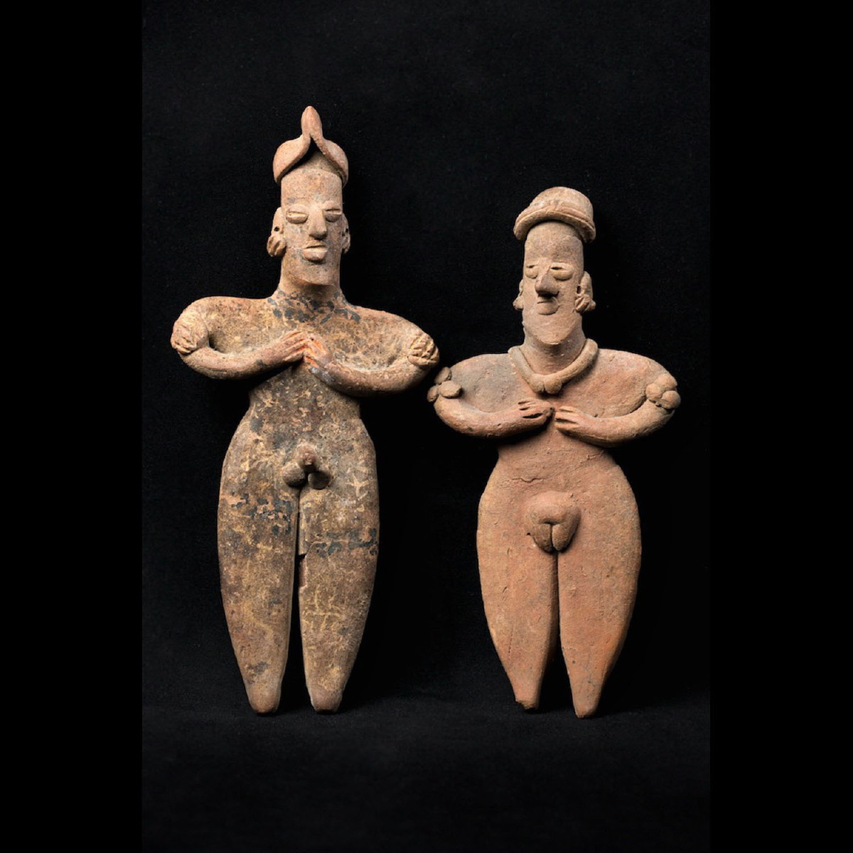 Photo ofCOUPLE  DE STATUETTES MEXICAINES COLIMA DE TOMBE À PUIT