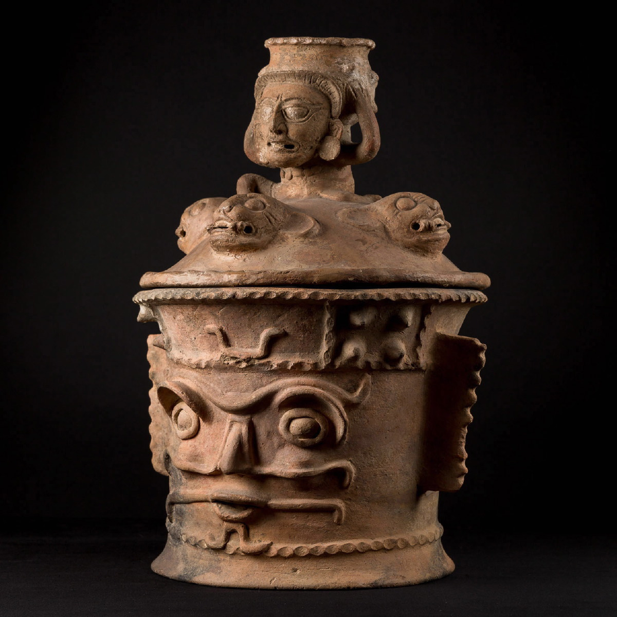 Photo of FUNERAL MAYAN CENSER FROM KAMINALJUYU