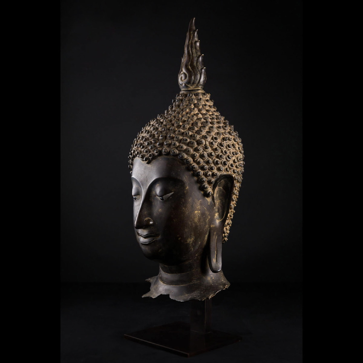 Photo of SERENE HEAD OF BUDDHA AYUTTHAYA