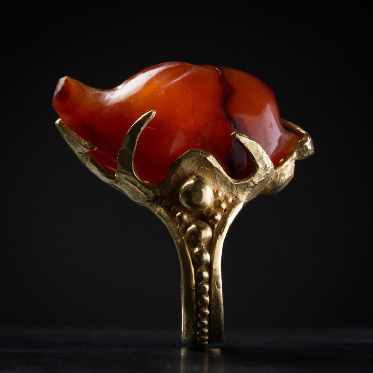 Photo ofANCIENT CORNELIAN HEDGEHOG RING FROM MESOPOTAMIA