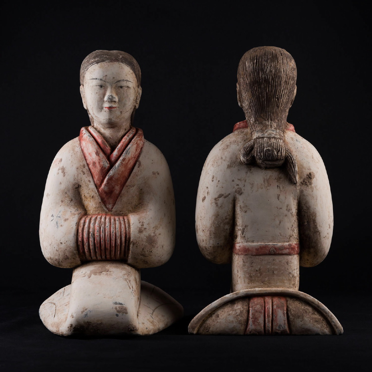 Photo of PAIR OF HAN DANCERS