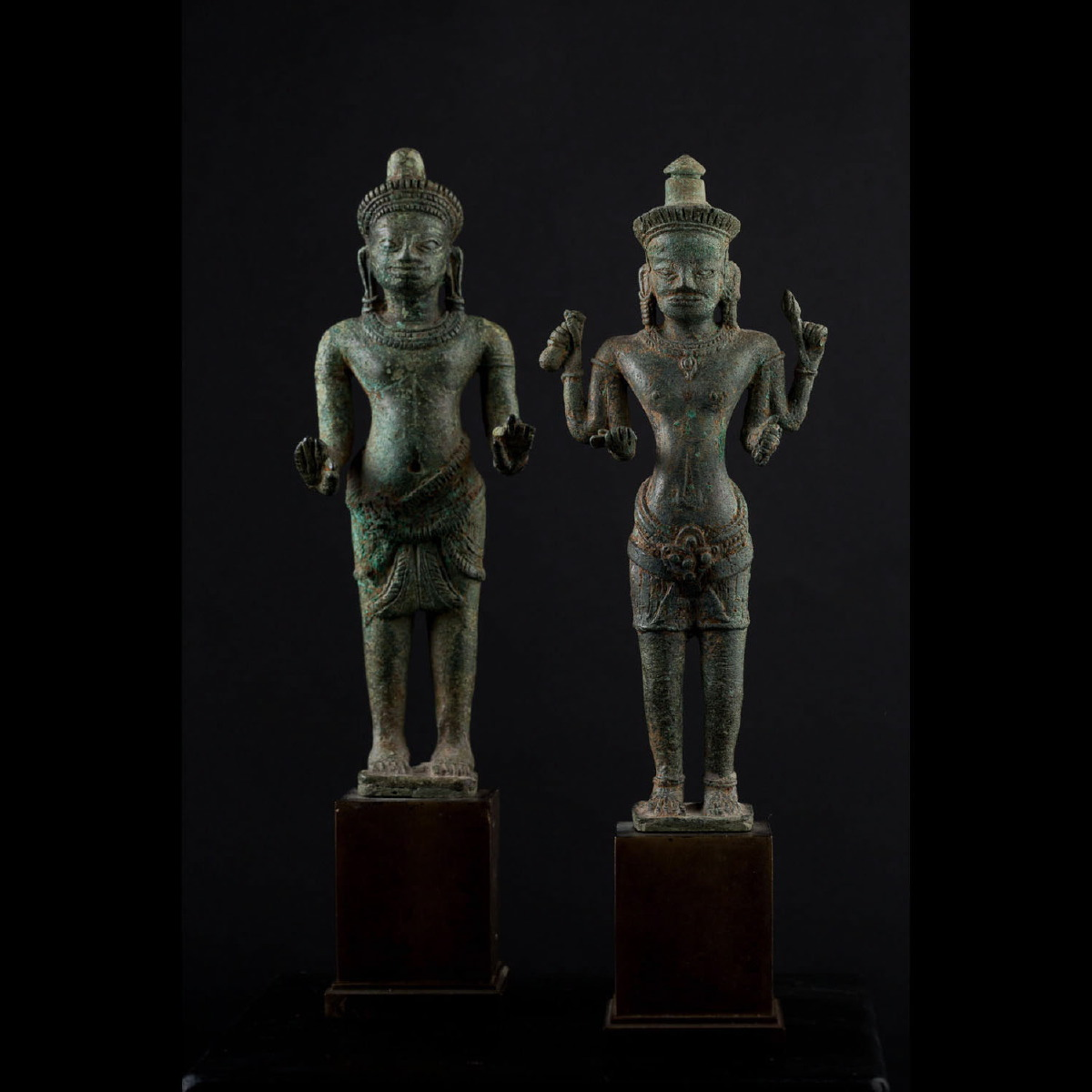 Photo of PAIR OF DEITIES – ANGKOR WAT PERIOD