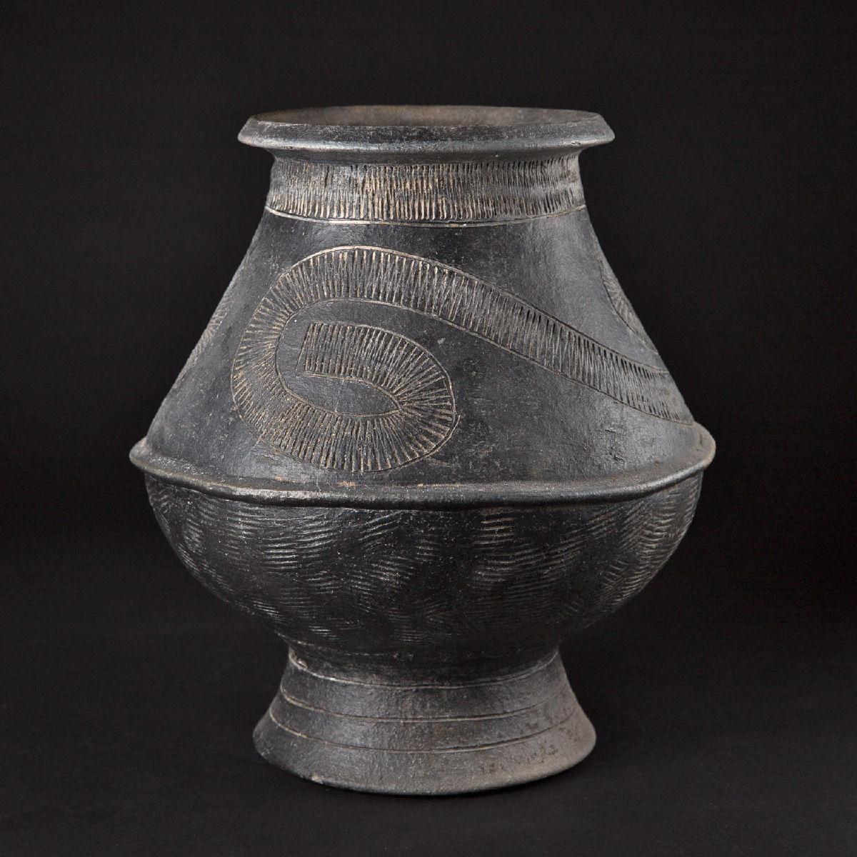 Photo ofBAN CHIANG VASE FROM THAILAND
